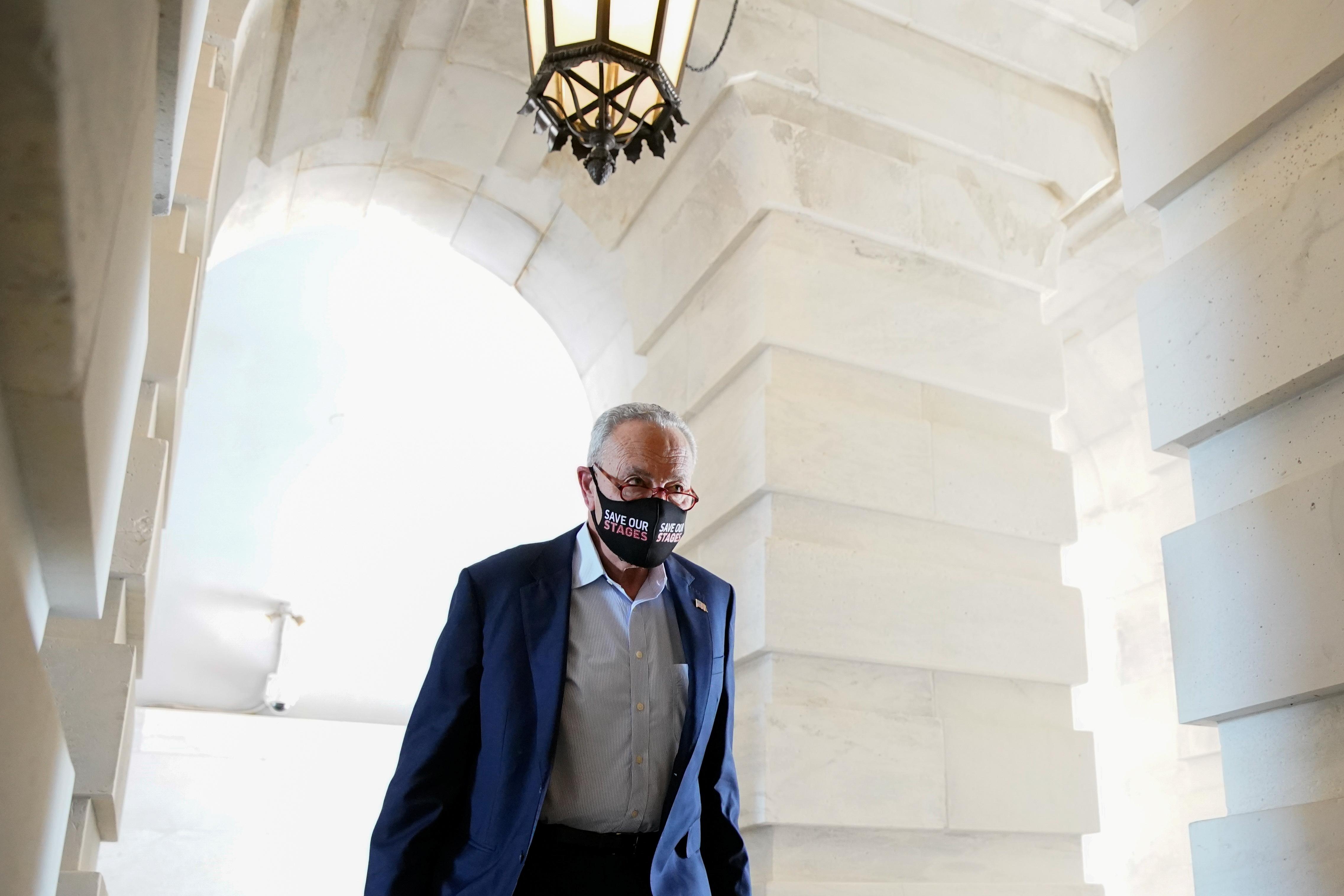 Senate Majority Leader Chuck Schumer (D-NY) arrives to the U.S. Capitol in Washington, U.S., September 27, 2021. REUTERS/Elizabeth Frantz