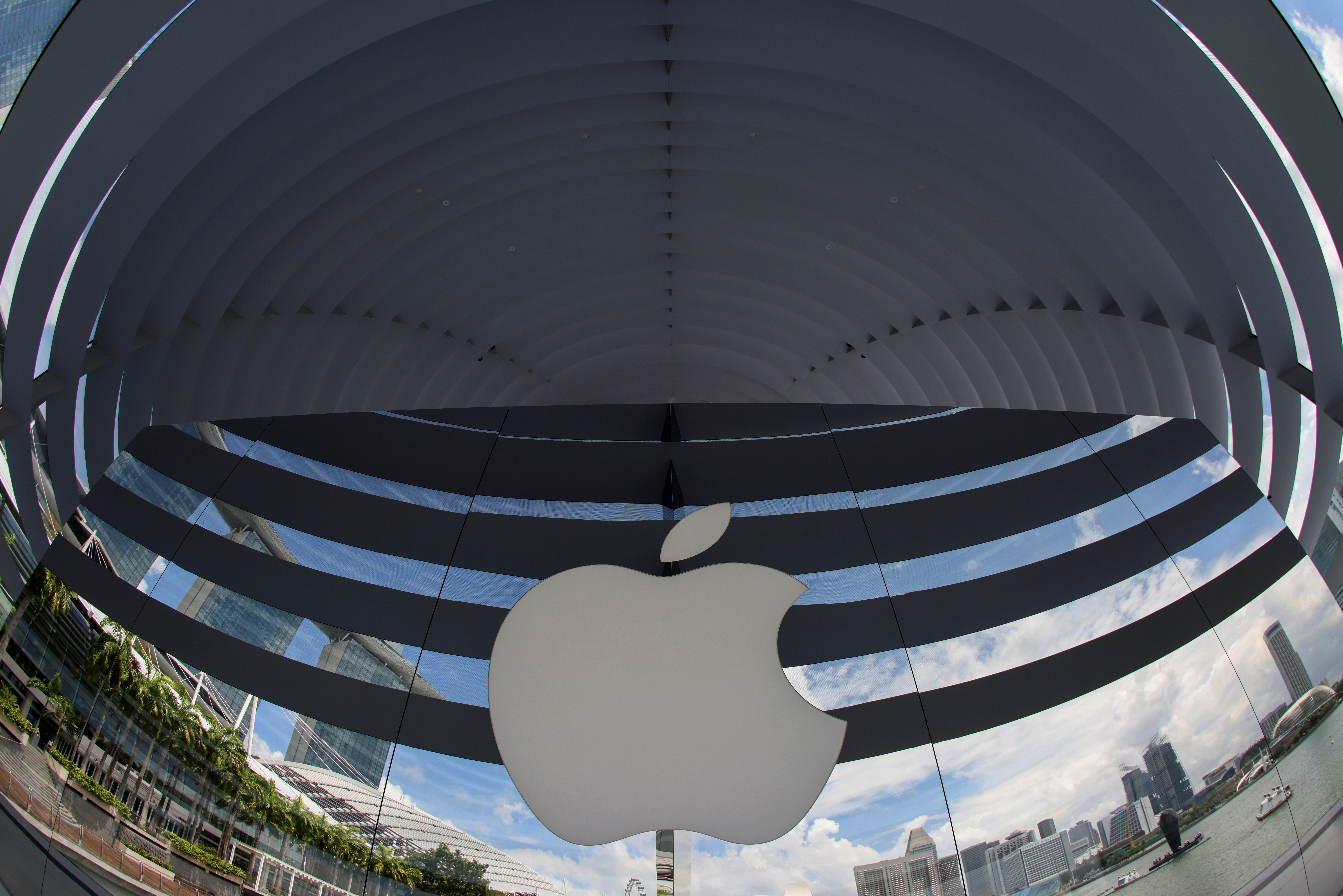A logo of Apple is seen outside at the upcoming Apple Marina Bay Sands store in Singapore, September 8, 2020. REUTERS/Edgar Su/Files