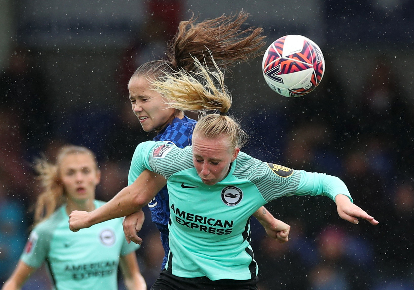 Soccer Football - Women's Super League - Chelsea v Brighton & Hove Albion - Kingsmeadow, London, Britain - October 2, 2021 Brighton and Hove Albion's Inessa Kaagman in action with Chelsea's Guro Reiten Action Images via Reuters/Peter Cziborra