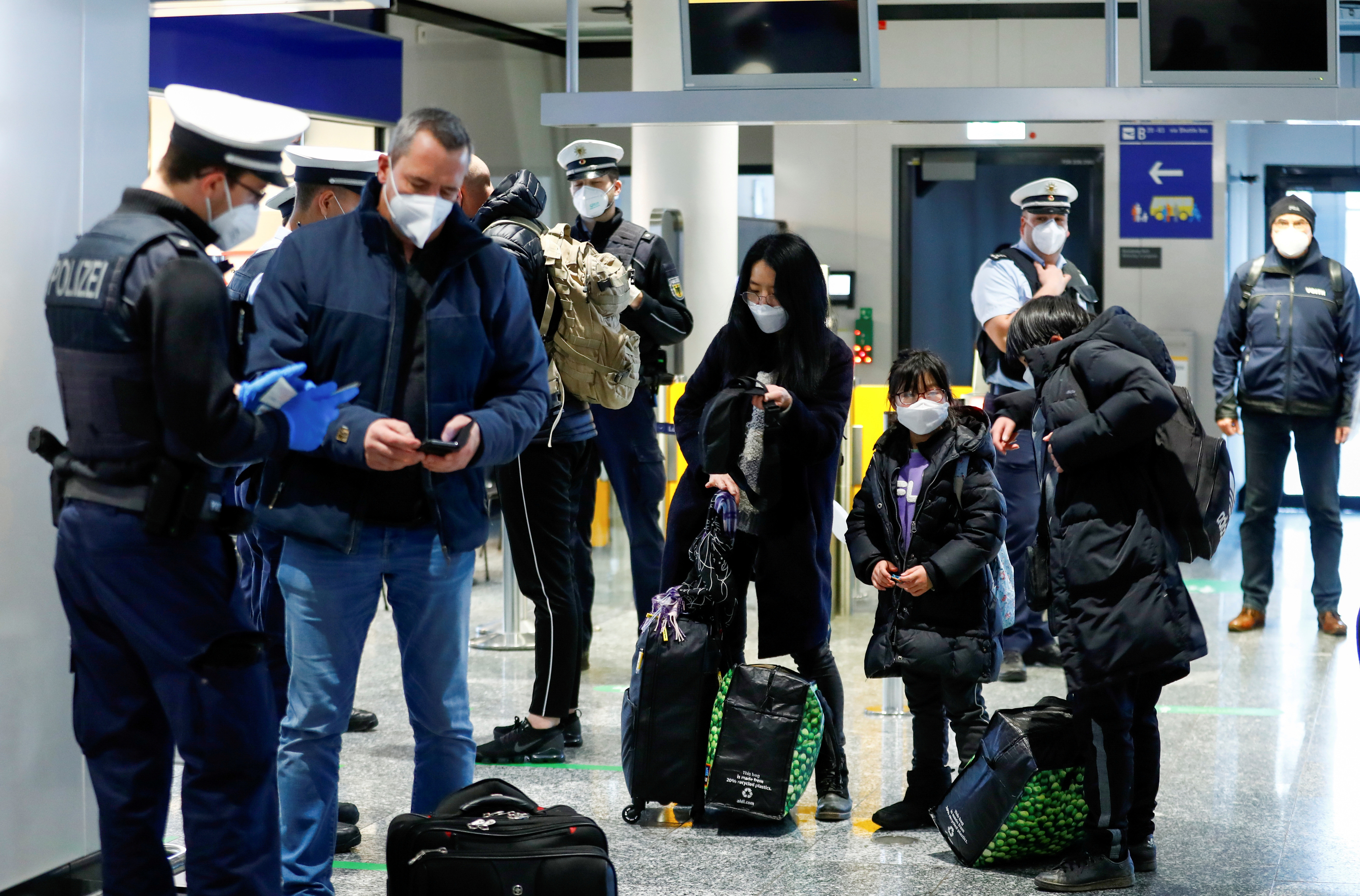 Eu Aims To Open Up To Foreign Tourists This Summer Amidst Covid 19 Reuters
