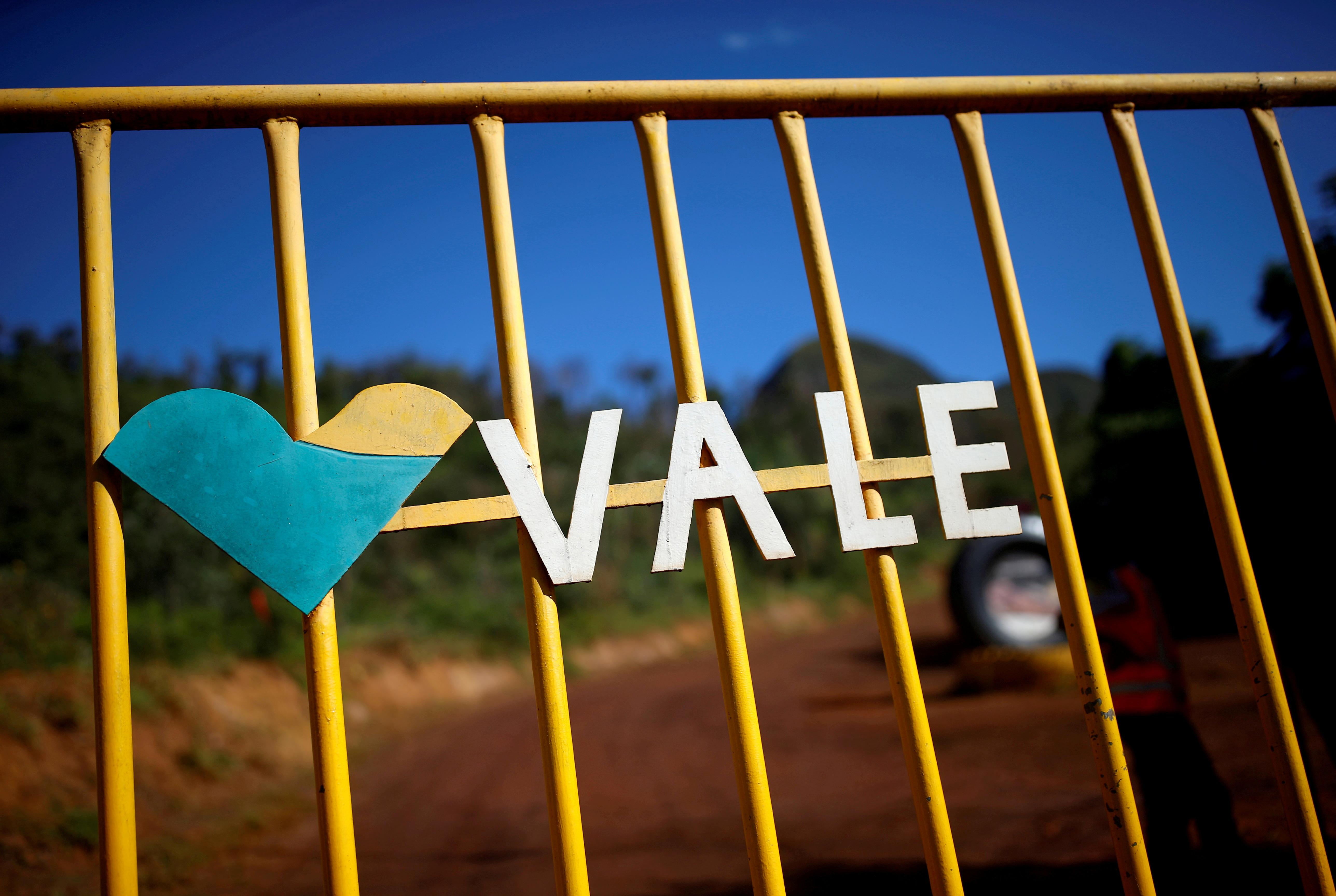The logo of the Brazilian mining company Vale SA is seen in Brumadinho, Brazil January 29, 2019.  REUTERS/Adriano Machado/File Photo/File Photo