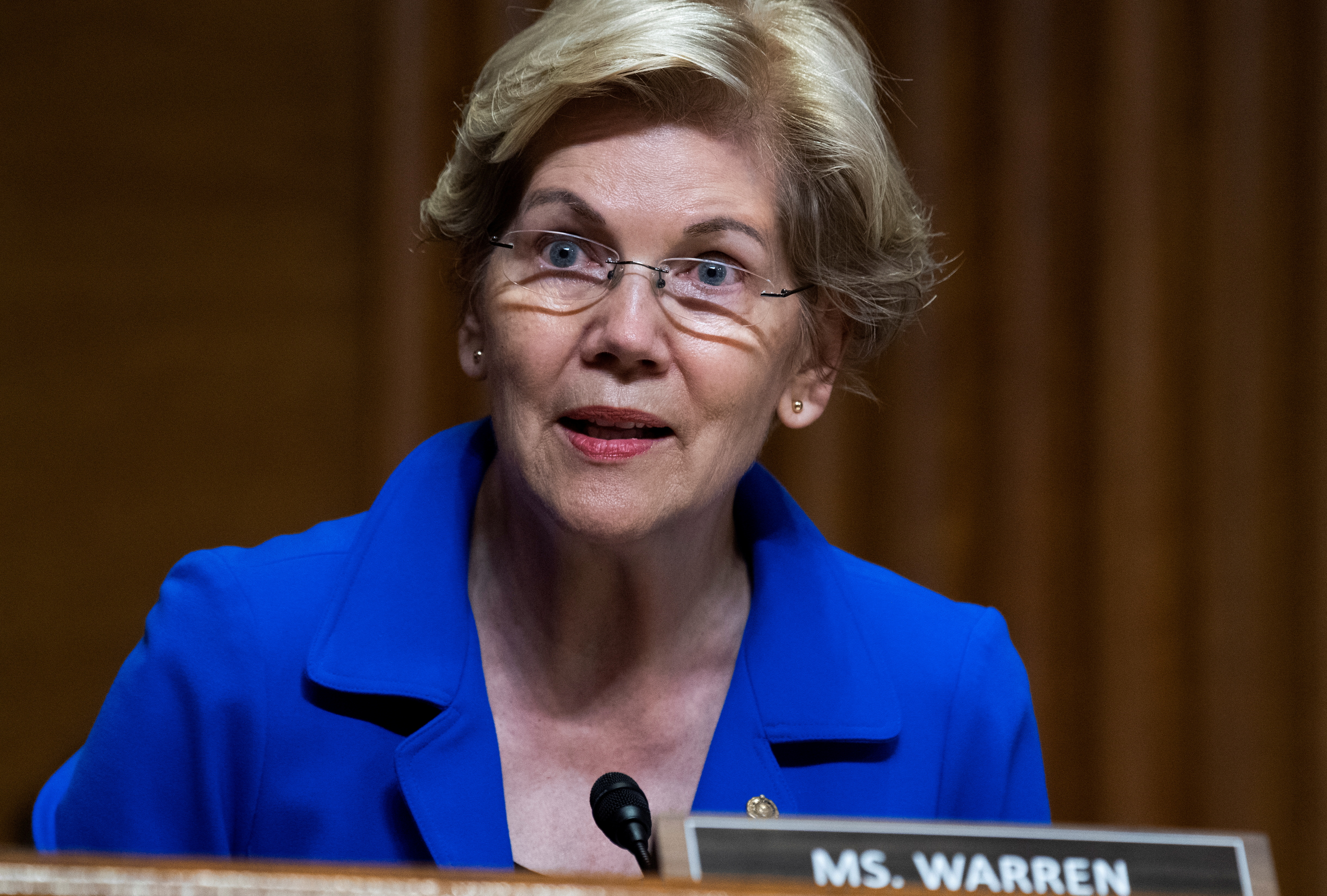 File photo: U.S. Senator Elizabeth Warren at a Senate Finance Committee hearing in Washington, D.C. Tom Williams/Pool via REUTERS