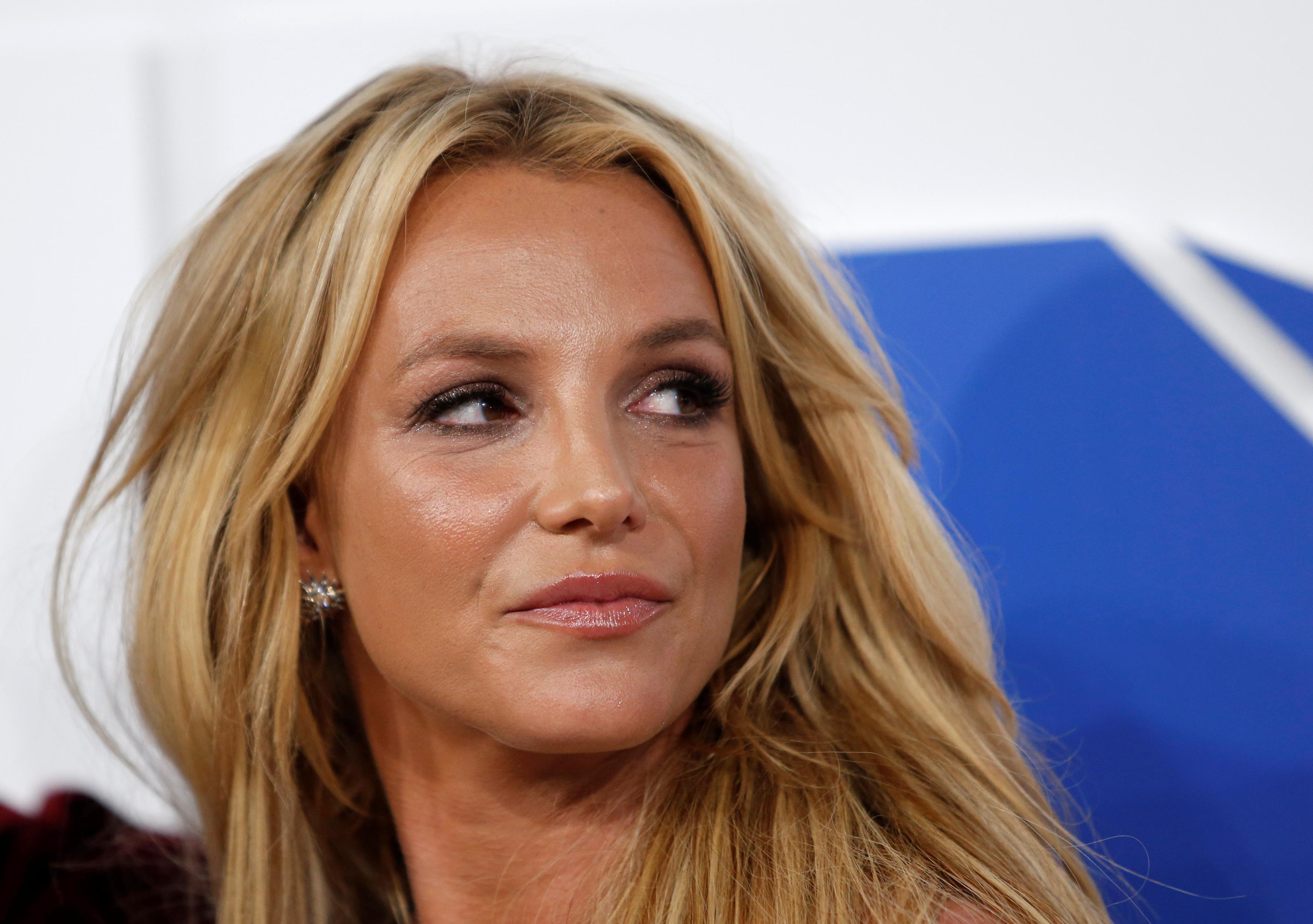 File photo: Singer Britney Spears arrives at the 2016 MTV Video Music Awards in New York, U.S.  REUTERS/Eduardo Munoz