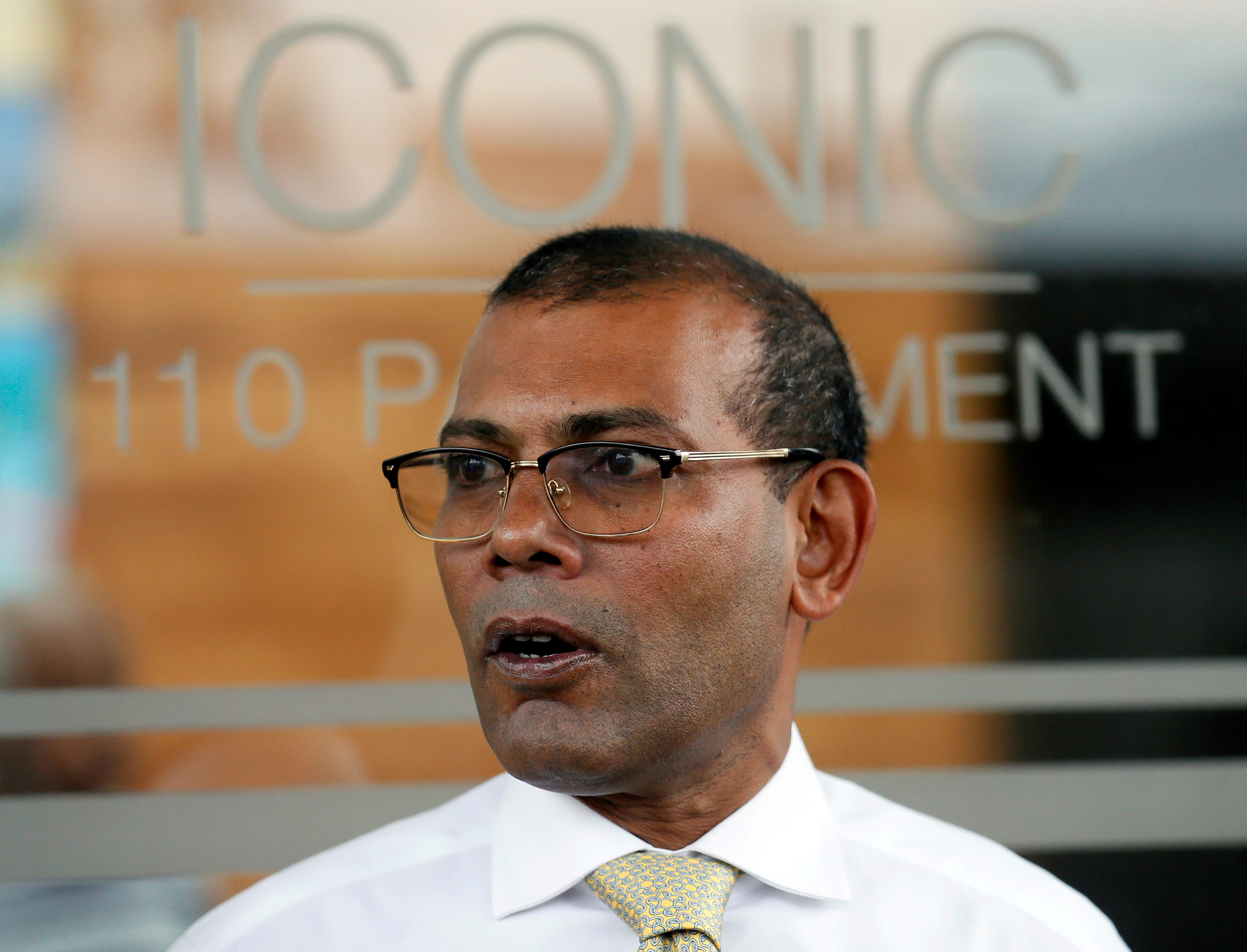 Maldives former President Mohamed Nasheed leaves a private apartment in Sri Lanka to return in his country, after living in exile between London and Colombo for over two and a half years, Colombo, Sri Lanka November 1, 2018. REUTERS/Dinuka Liyanawatte/File Photo