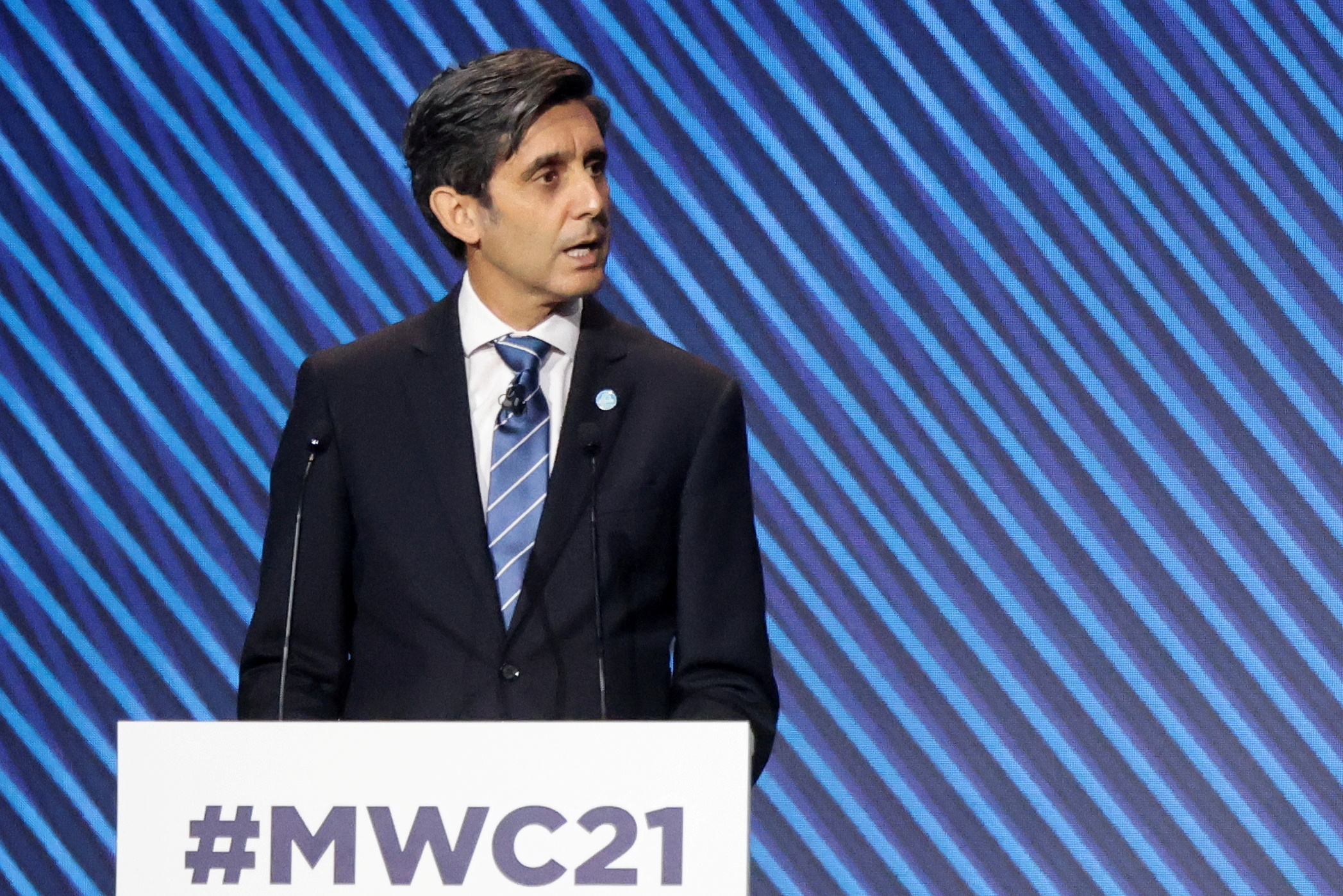 Telefonica's Chairman and CEO Jose Maria Alvarez-Pallete speaks during the Mobile World Congress (MWC) in Barcelona, Spain, June 28, 2021. REUTERS/Nacho Doce