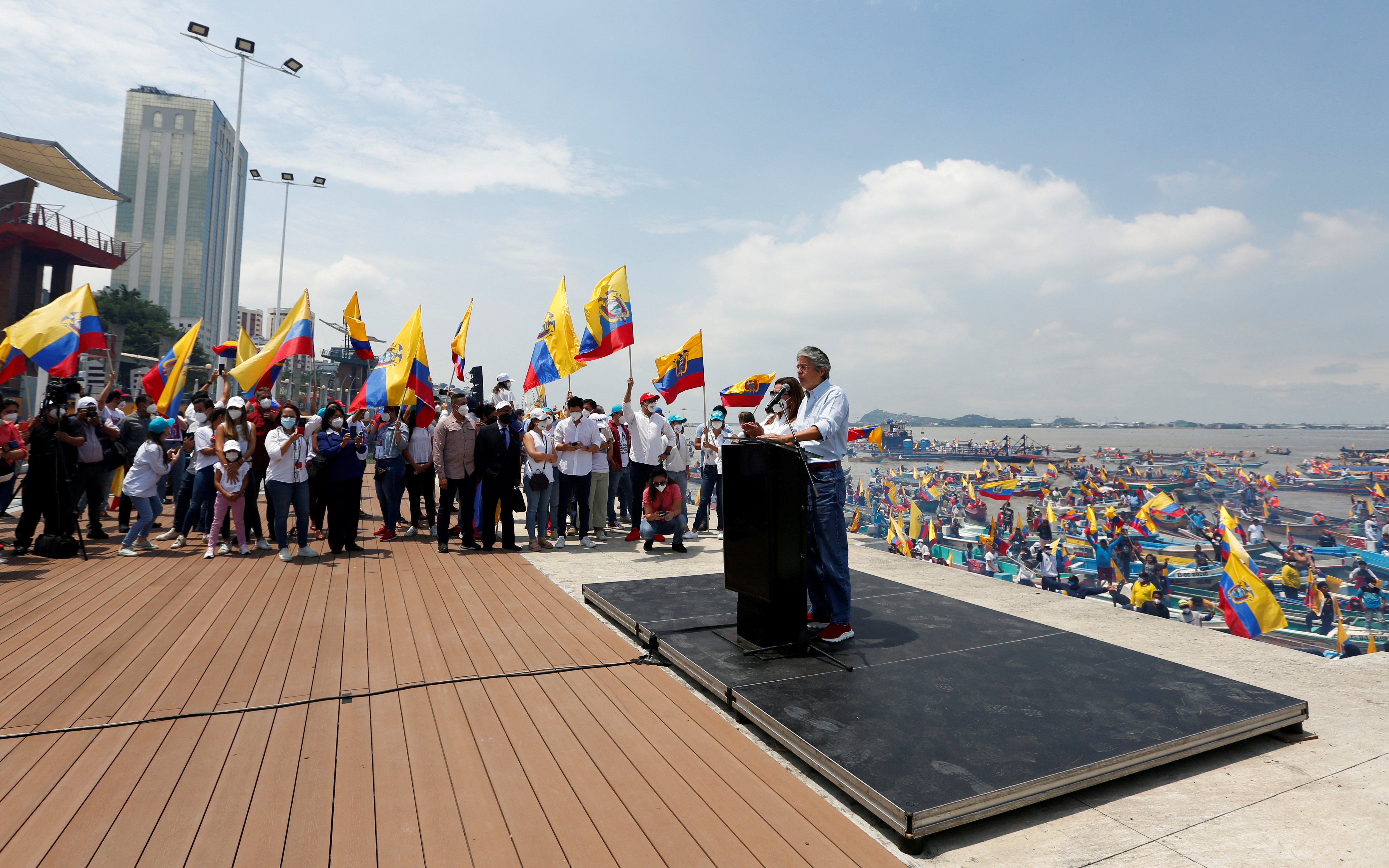 Ecuador's presidential candidate Guillermo Lasso speaks during a closing campaign rally, in Guayaquil, Ecuador April 8, 2021. REUTERS/Santiago Arcos/File Photo