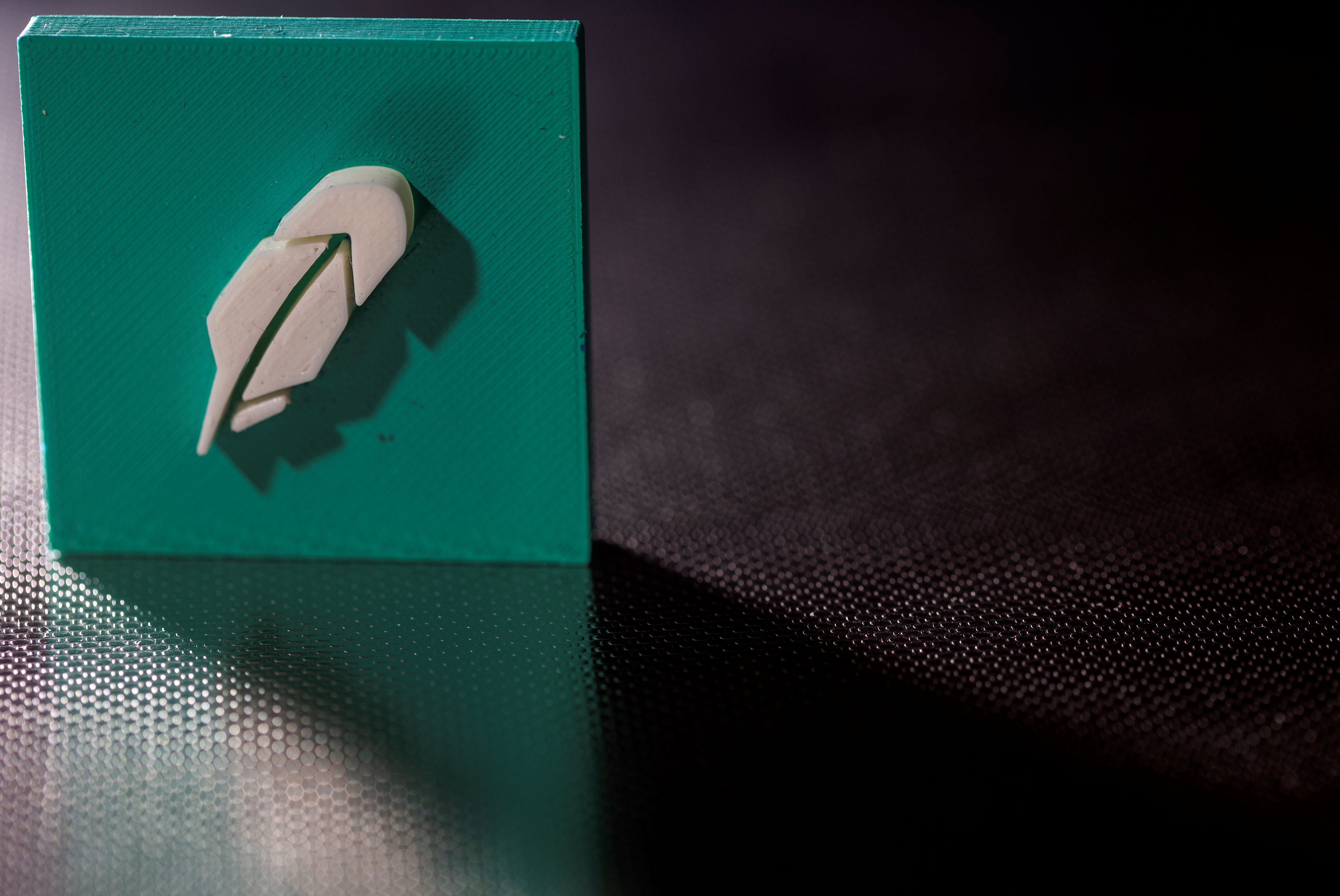 3D-printed Robinhood logo is seen in this illustration taken, July 1, 2021. REUTERS/Dado Ruvic