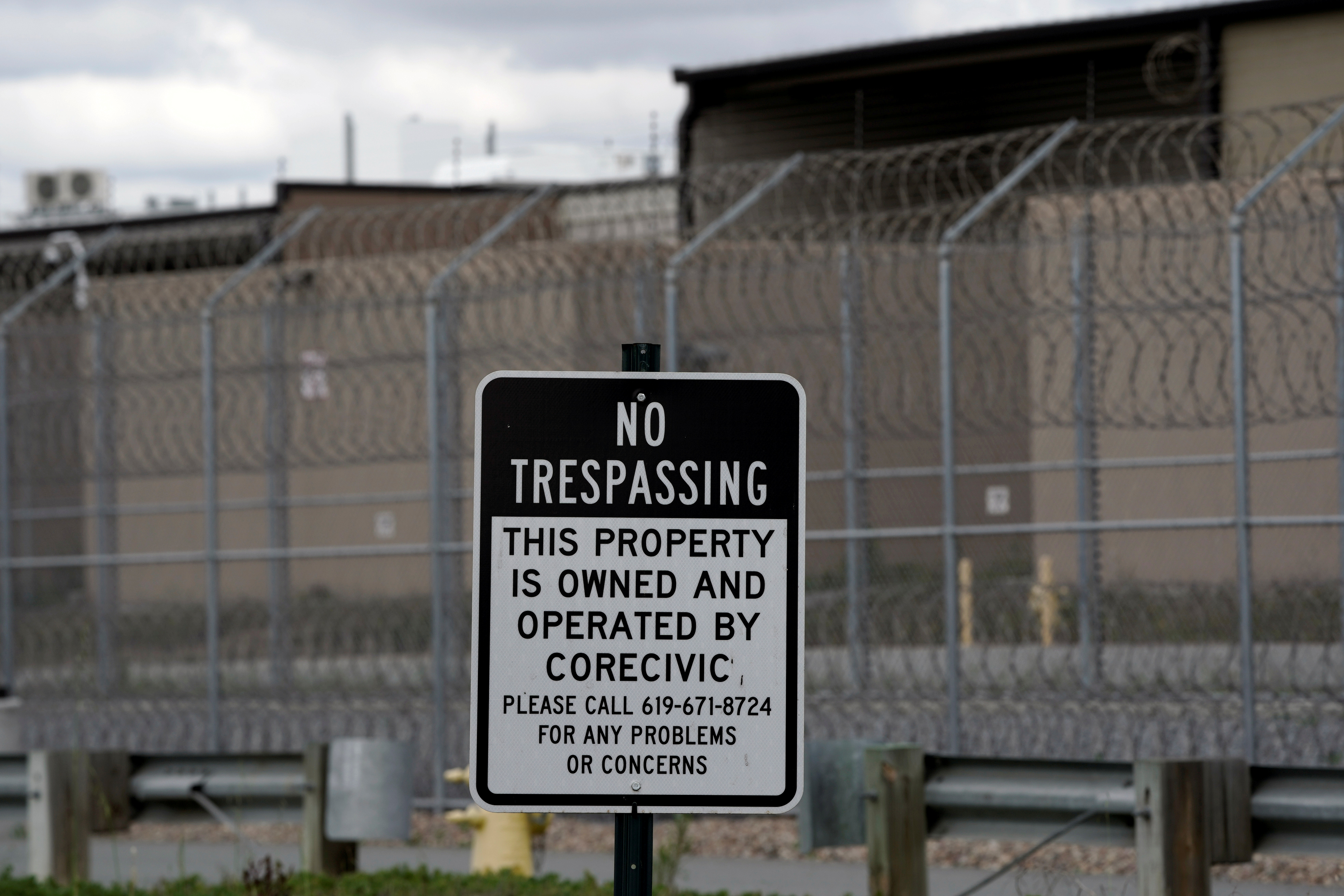 A ''no trespassing'' sign is seen outside the Otay Mesa Detention Center, a ICE (Immigrations & Customs Enforcement) federal detention center privately owned and operated by prison contractor CoreCivic, amid the coronavirus disease (COVID-19) outbreak in San Diego, California, U.S., April 11, 2020. REUTERS/Bing Guan/File Photo