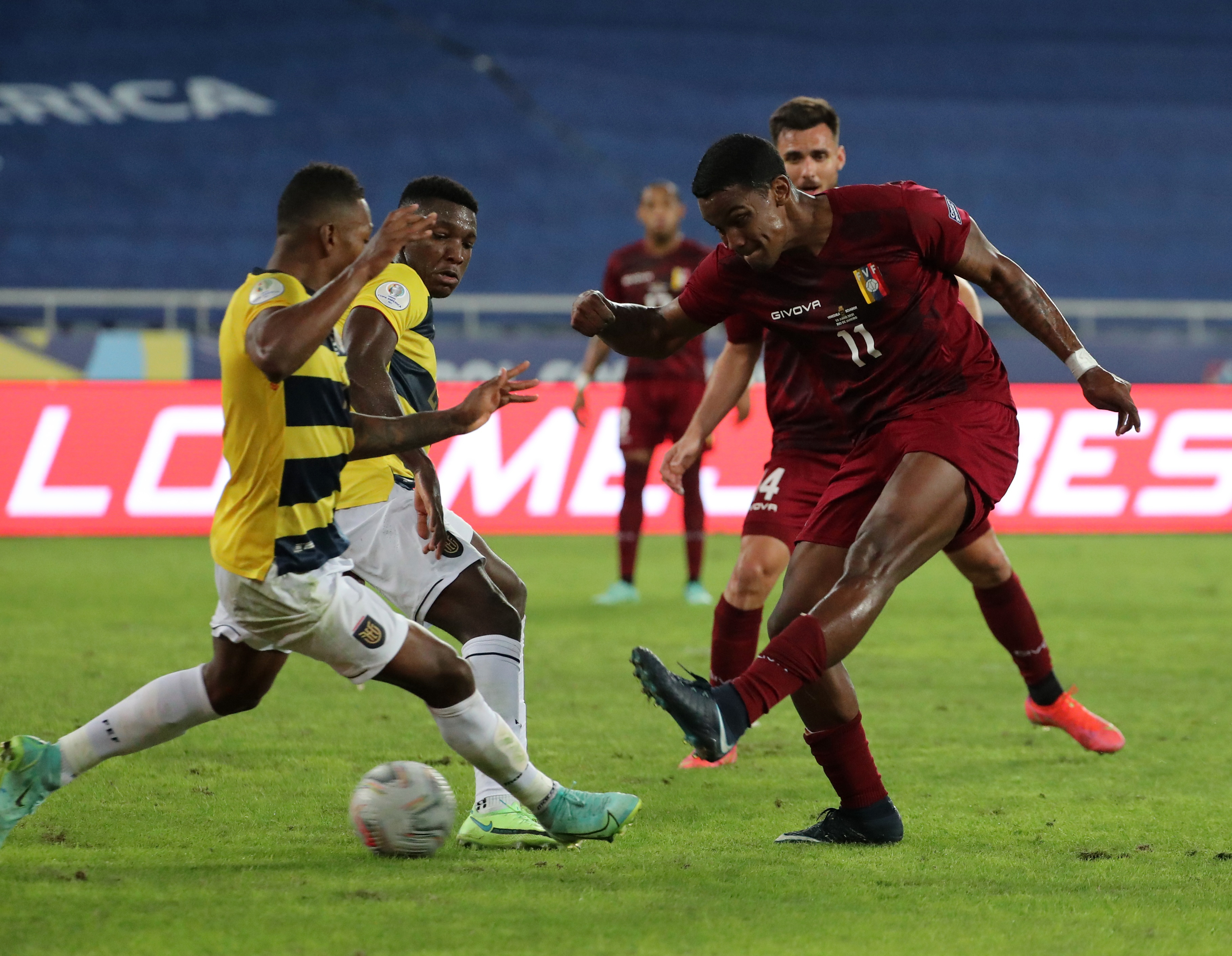Soccer Football - Copa America 2021 - Group B - Venezuela v Ecuador - Estadio Nilton Santos, Rio de Janeiro, Brazil - June 20, 2021 Venezuela's Sergio Cordova in action REUTERS/Sergio Moraes