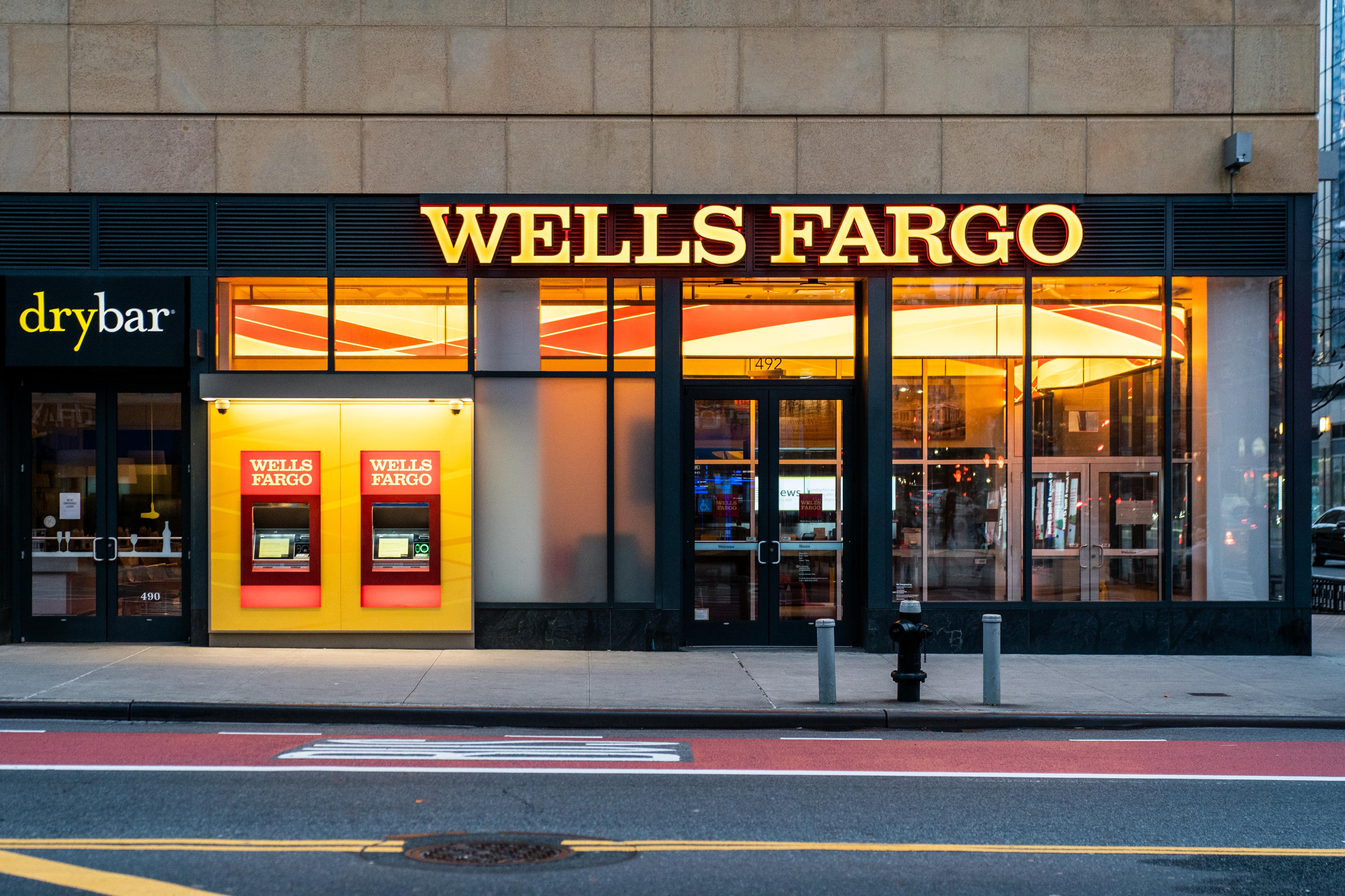 Wells Fargo Bank branch is seen in New York City, U.S., March 17, 2020. REUTERS/Jeenah Moon