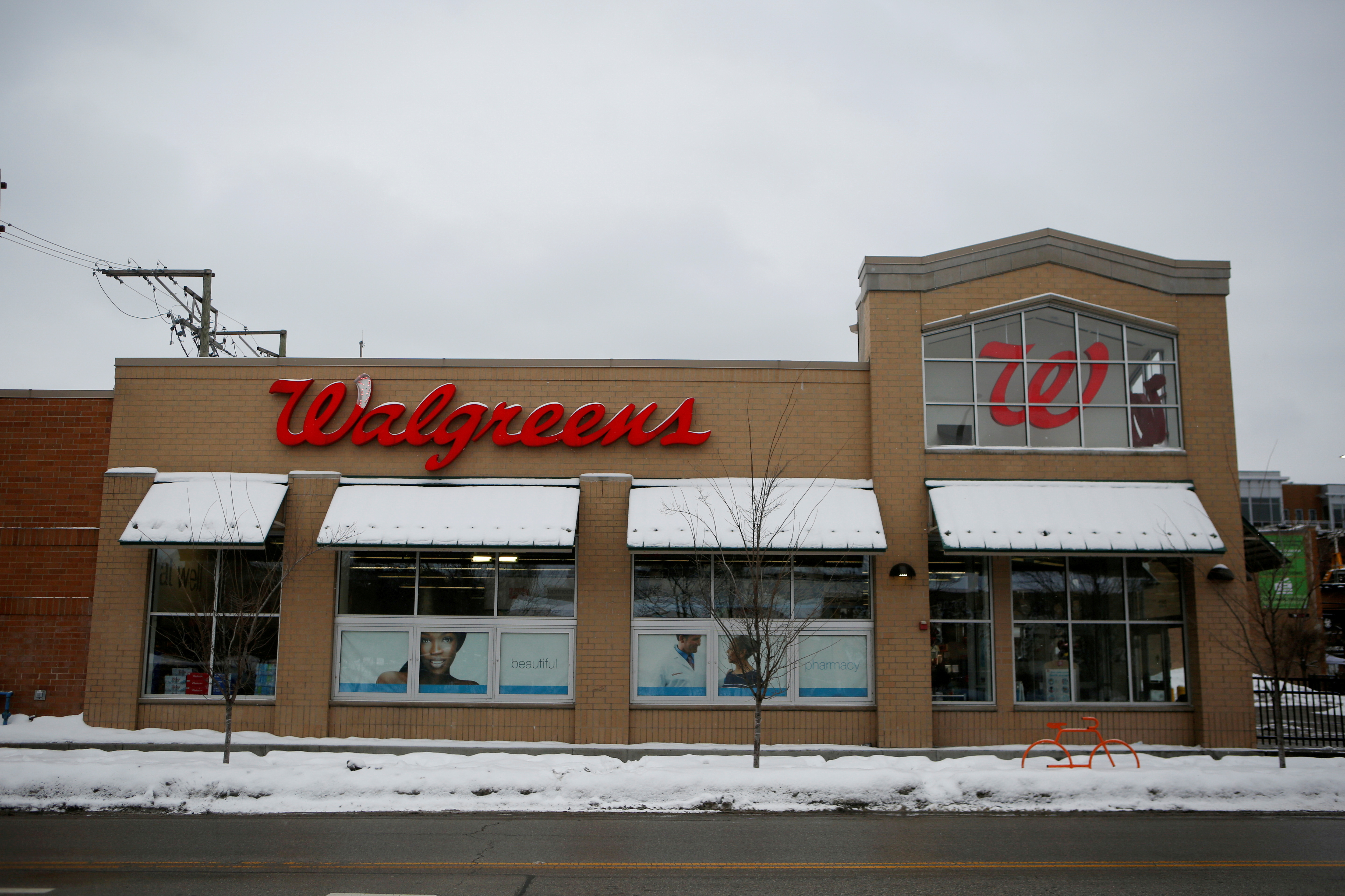 A Walgreens store is seen in Chicago, Illinois, U.S. February 11, 2021.  REUTERS/Eileen T. Meslar