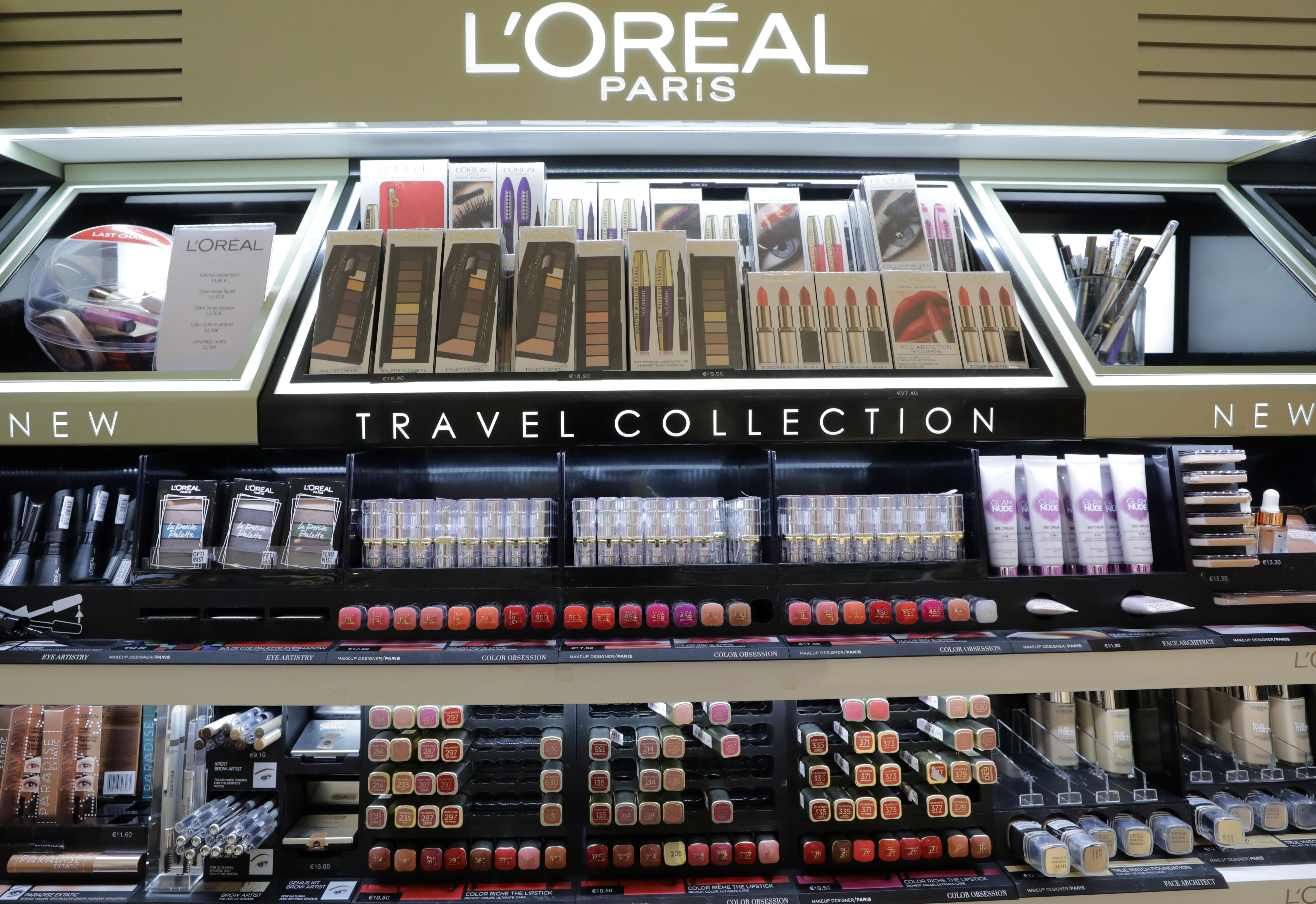 A cosmetic display of French cosmetics group L'Oreal is seen at a duty free shop at the Nice International Airport, in Nice, France, October 10, 2018. REUTERS/Eric Gaillard
