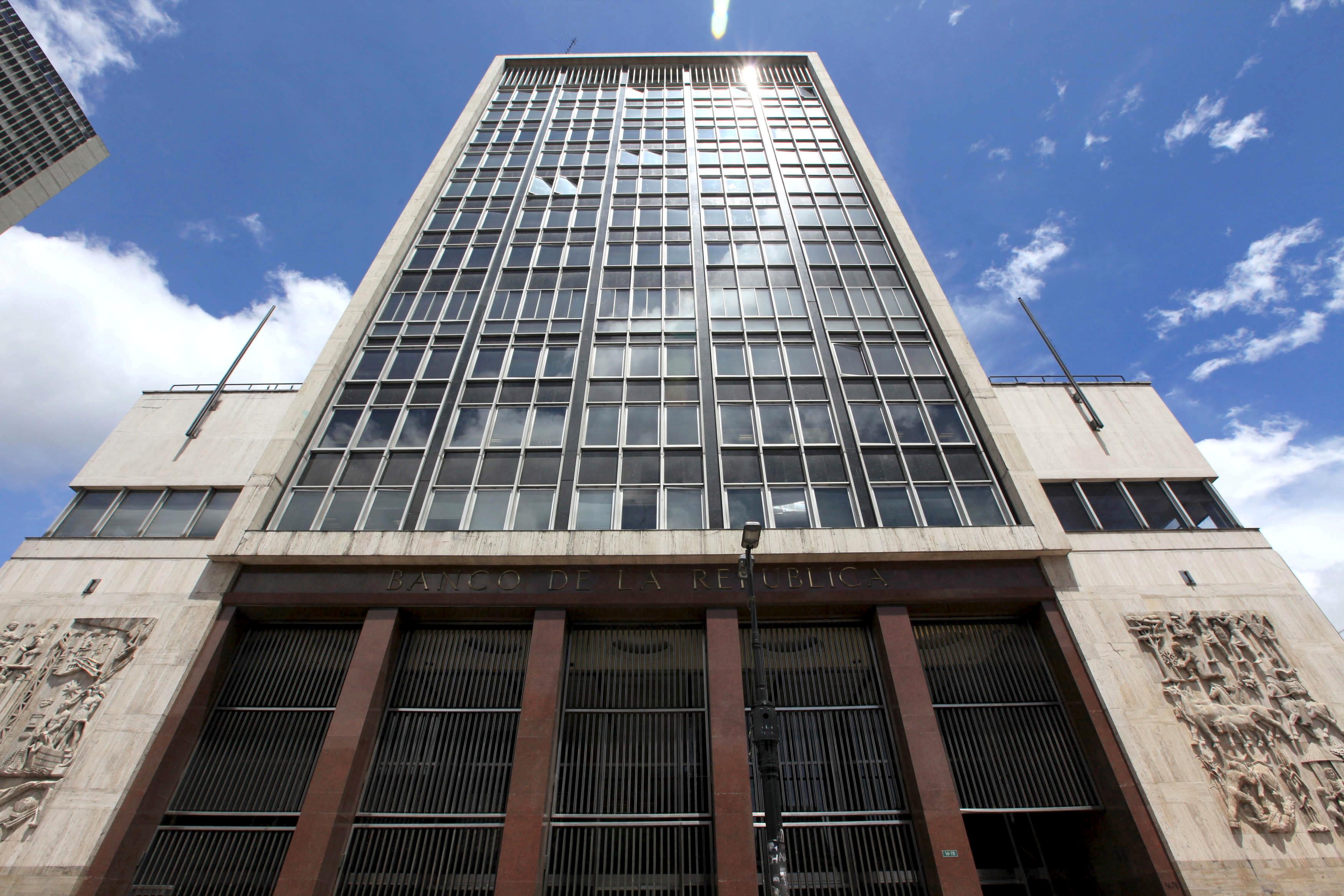 General view of Colombia's central bank (Banco de la Republica) in Bogota April 7, 2015. REUTERS/Jose Miguel Gomez/File Photo