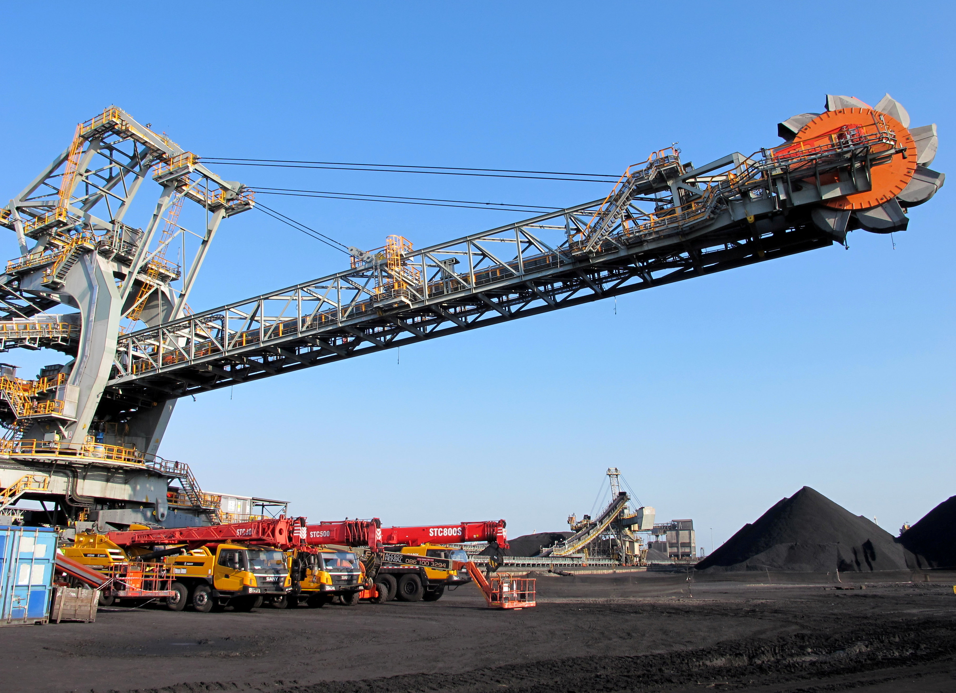 One of the two new rail-mounted stacker reclaimers which scoop up and transfer coal into and out of the yard is seen at Africa's largest coal export facility, the Richards Bay Coal Terminal, Richards Bay harbour, South Africa, June 21, 2018. REUTERS/Tanisha Heiberg/File Photo