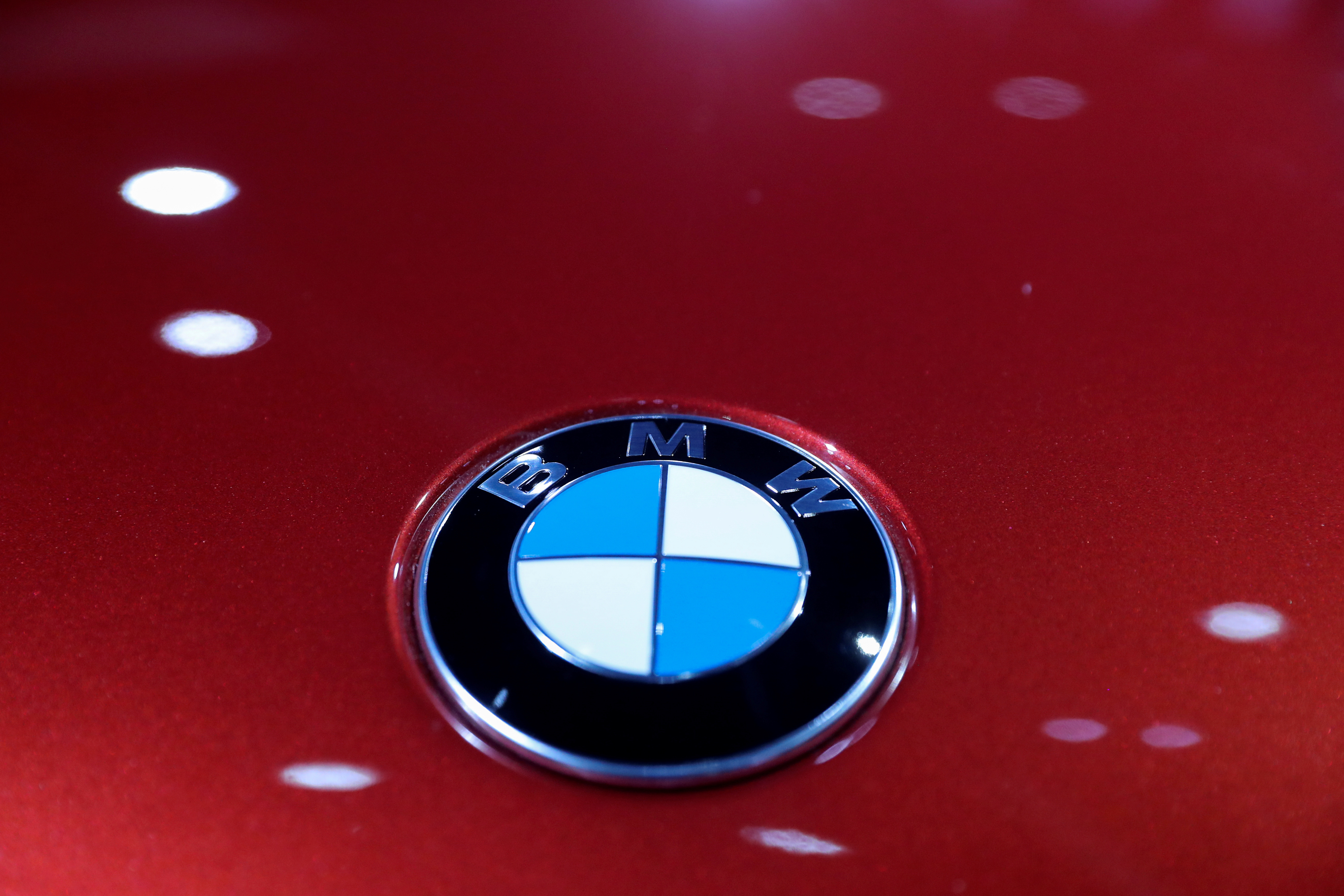 The logo of BMW is seen at the LA Auto Show in Los Angeles, California, U.S. November 20, 2019. REUTERS/Lucy Nicholson/File Photo