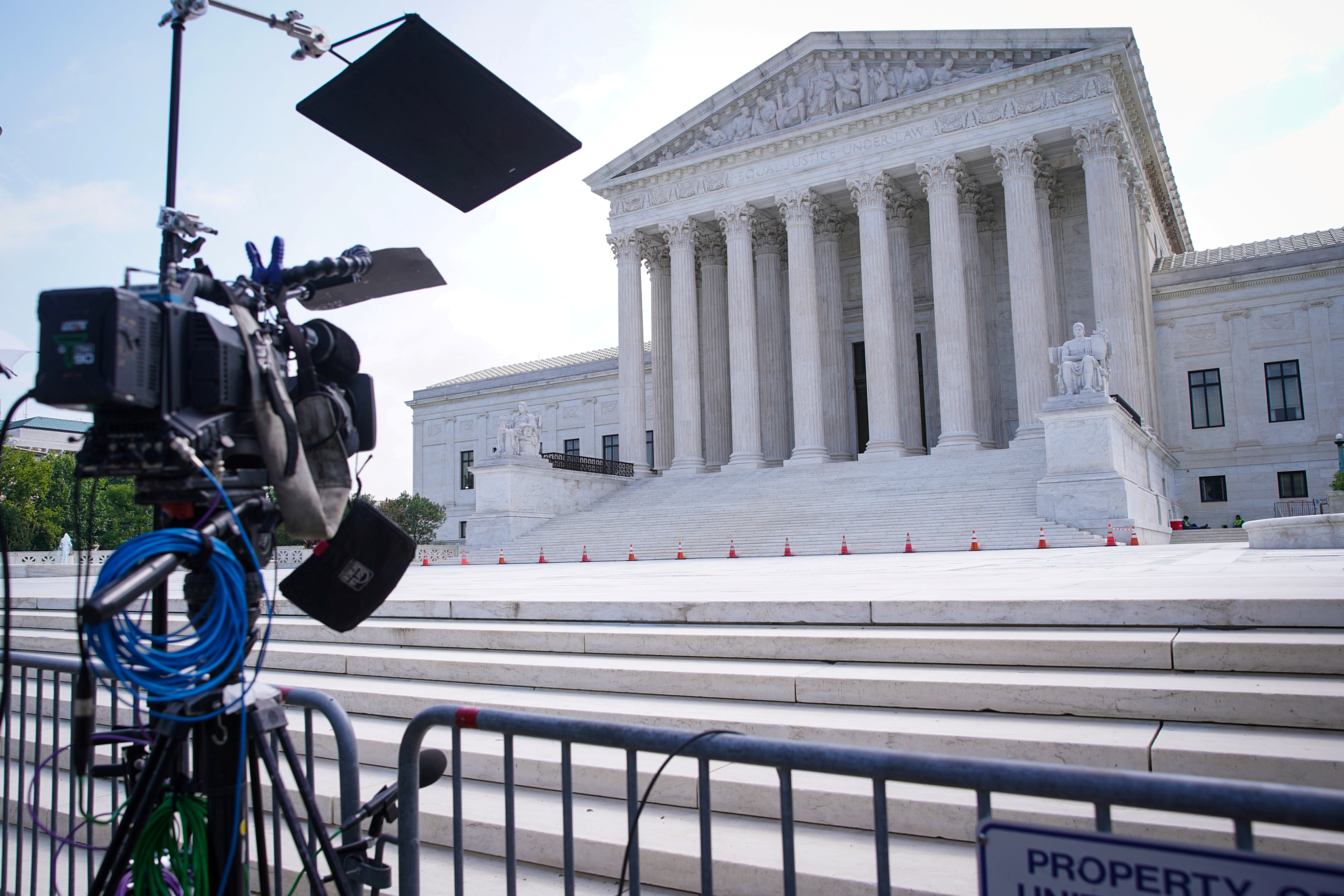 The Supreme Court building is seen in Washington, U.S., June 21, 2021. REUTERS/Sarah Silbiger