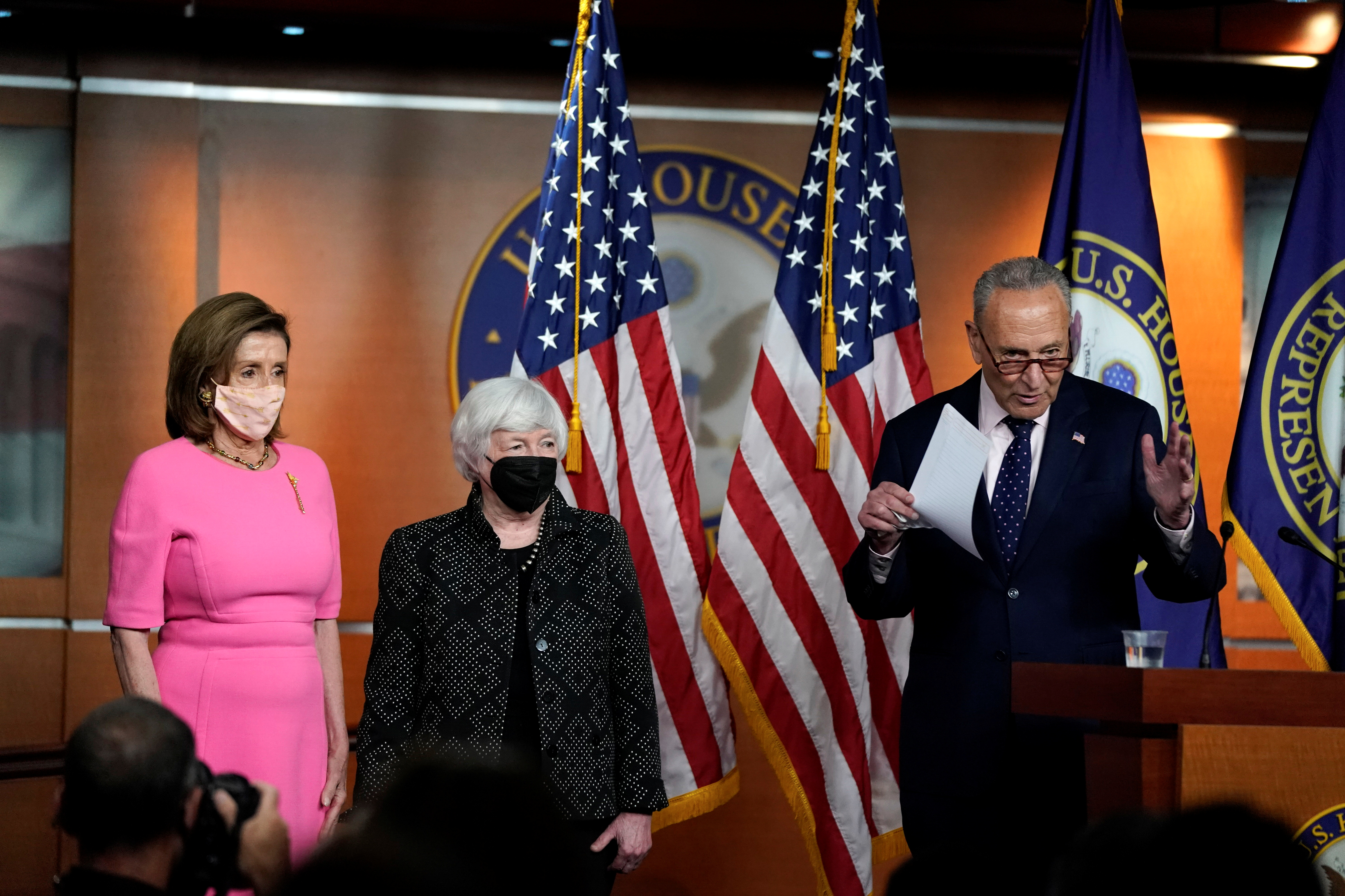Senate Majority Leader Chuck Schumer makes a statement in attendance with Treasury Secretary Janet Yellen and U.S. House Speaker Nancy Pelosi (D-CA) before the start of Pelosi?s weekly news conference on Capitol Hill in Washington, U.S., September 23, 2021. REUTERS/Elizabeth Frantz