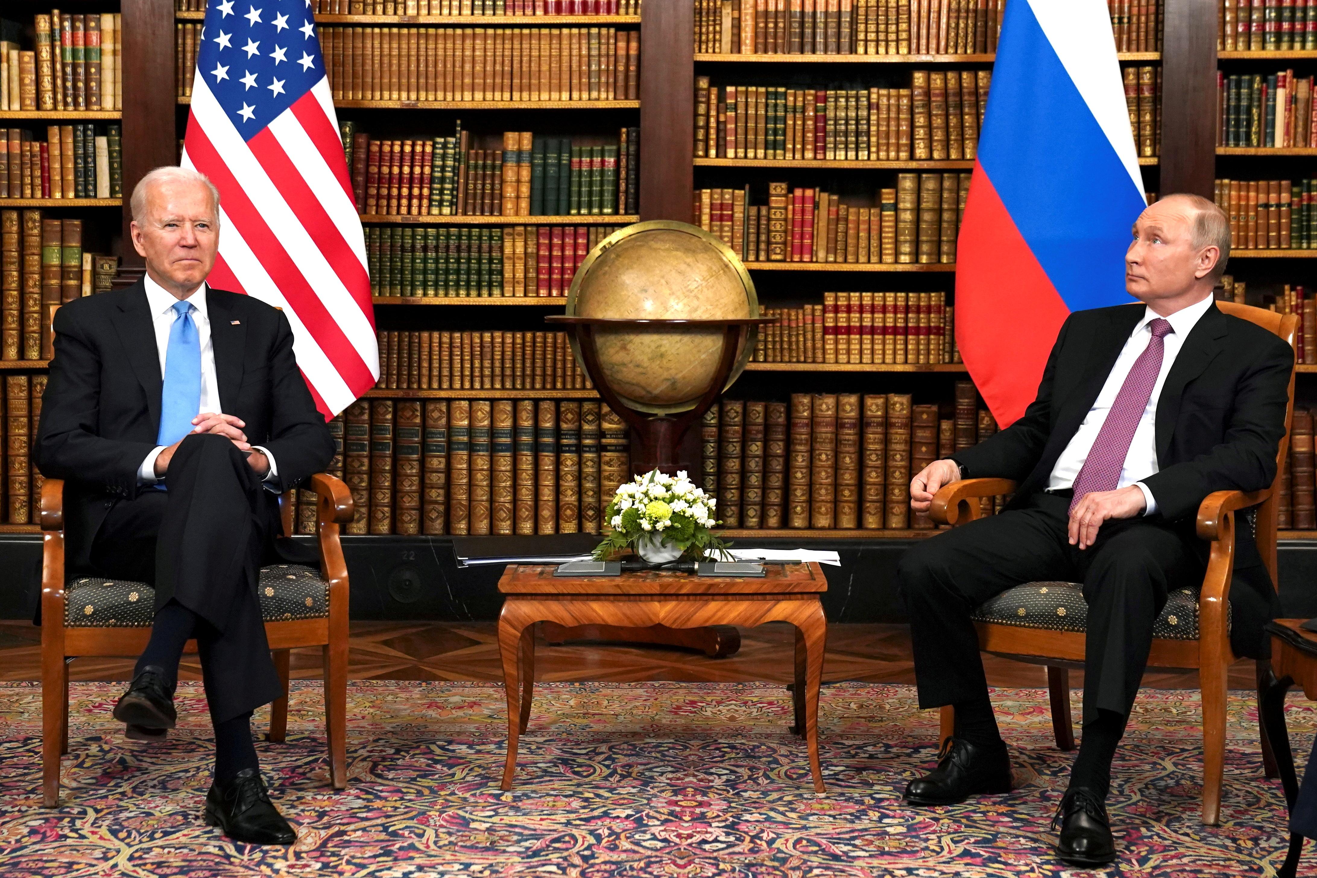U.S. President Joe Biden and Russia's President Vladimir Putin meet for a summit at Villa La Grange in Geneva, Switzerland, June 16, 2021. REUTERS/Kevin Lamarque/Files