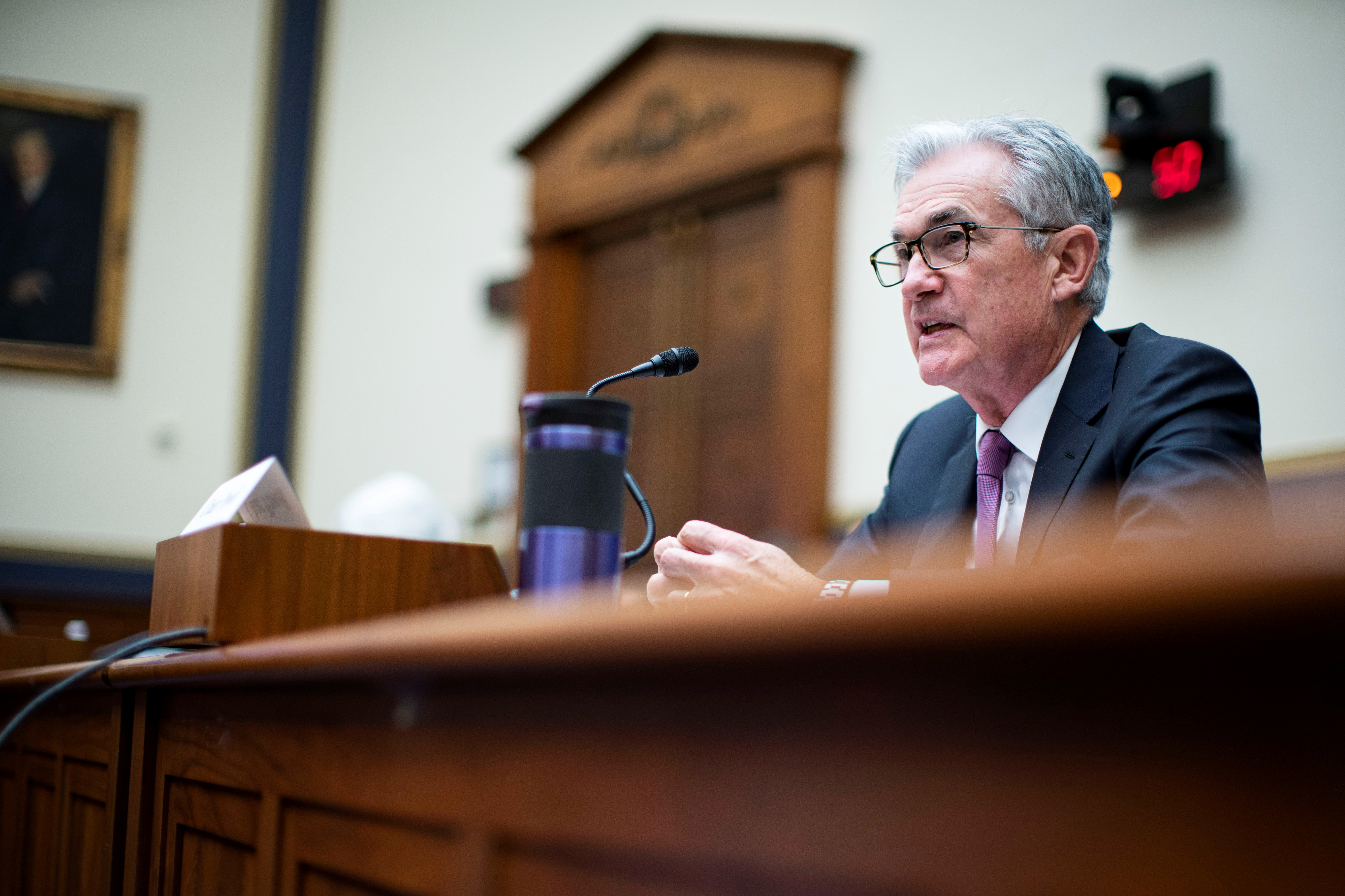 Federal Reserve Chairman Jerome Powell attends the House Financial Services Committee hearing on Capitol Hill in Washington, U.S., September 30, 2021.  Al Drago/Pool via REUTERS/File Photo