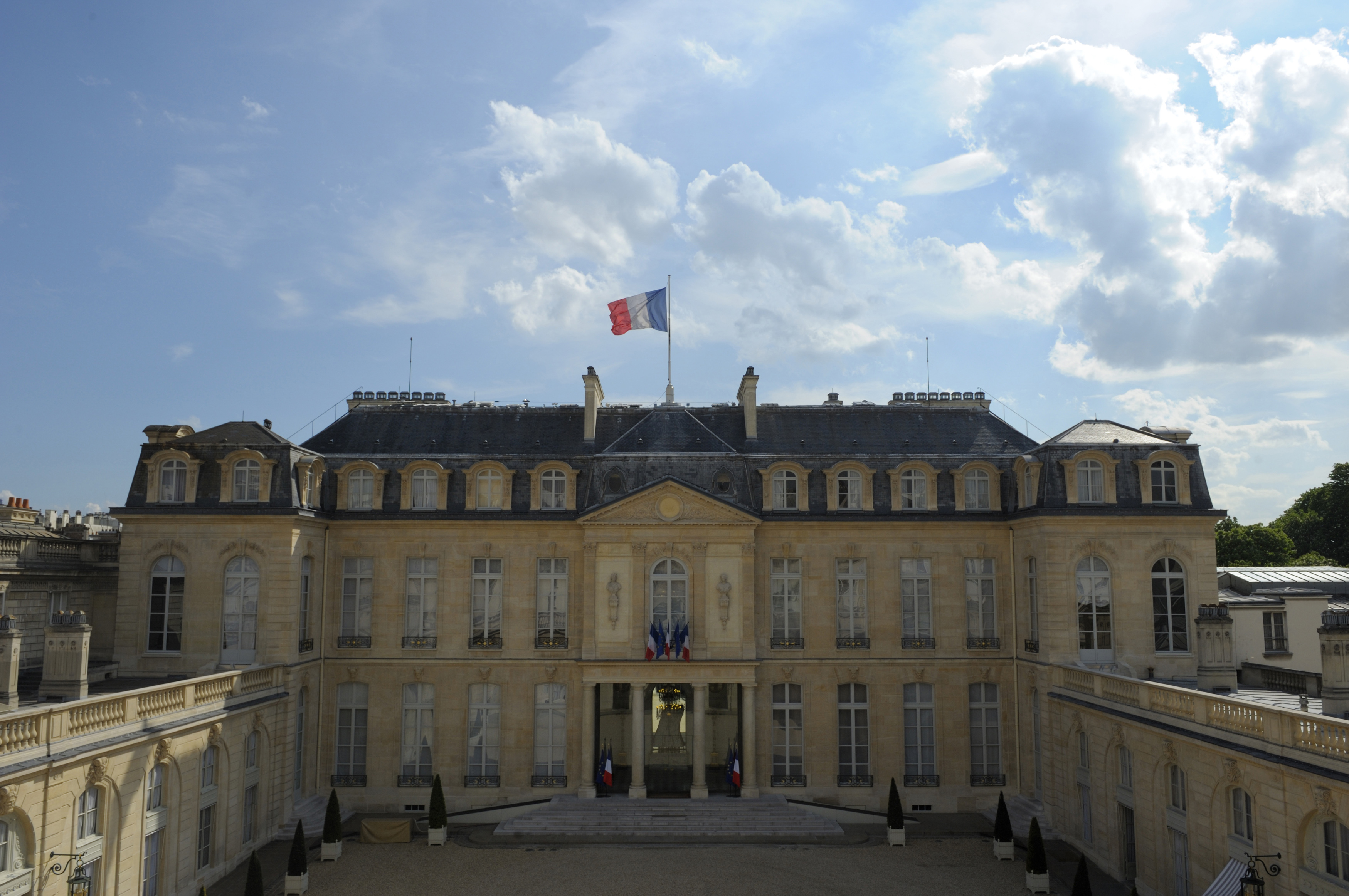 General view of the Elysee Palace, the President's official residence, is seen in Paris May 3, 2012. REUTERS/Philippe Wojazer