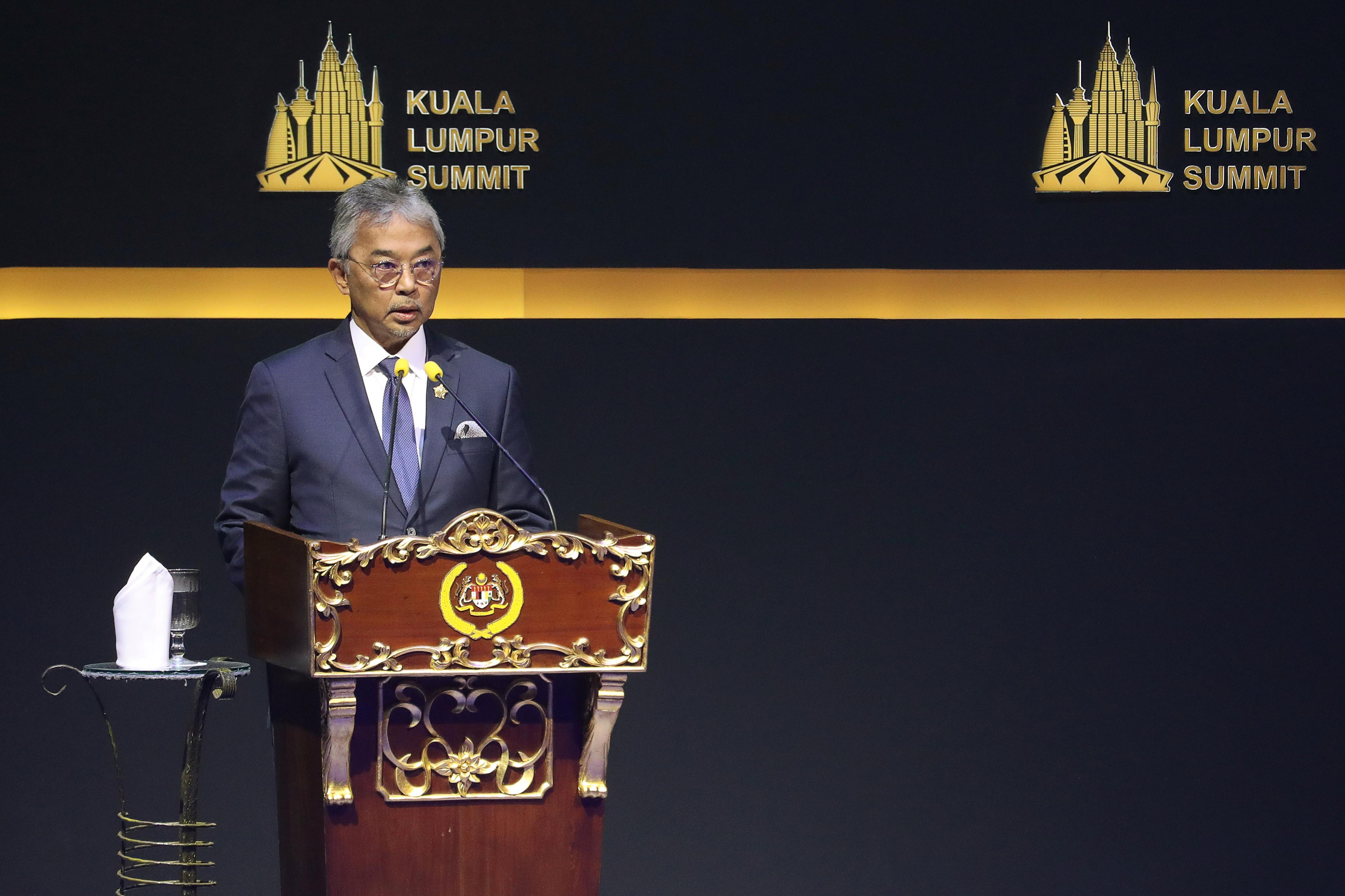Malaysia's King Sultan Abdullah Sultan Ahmad Shah speaks during Kuala Lumpur Summit in Kuala Lumpur, Malaysia, December 19, 2019. REUTERS/Lim Huey Teng