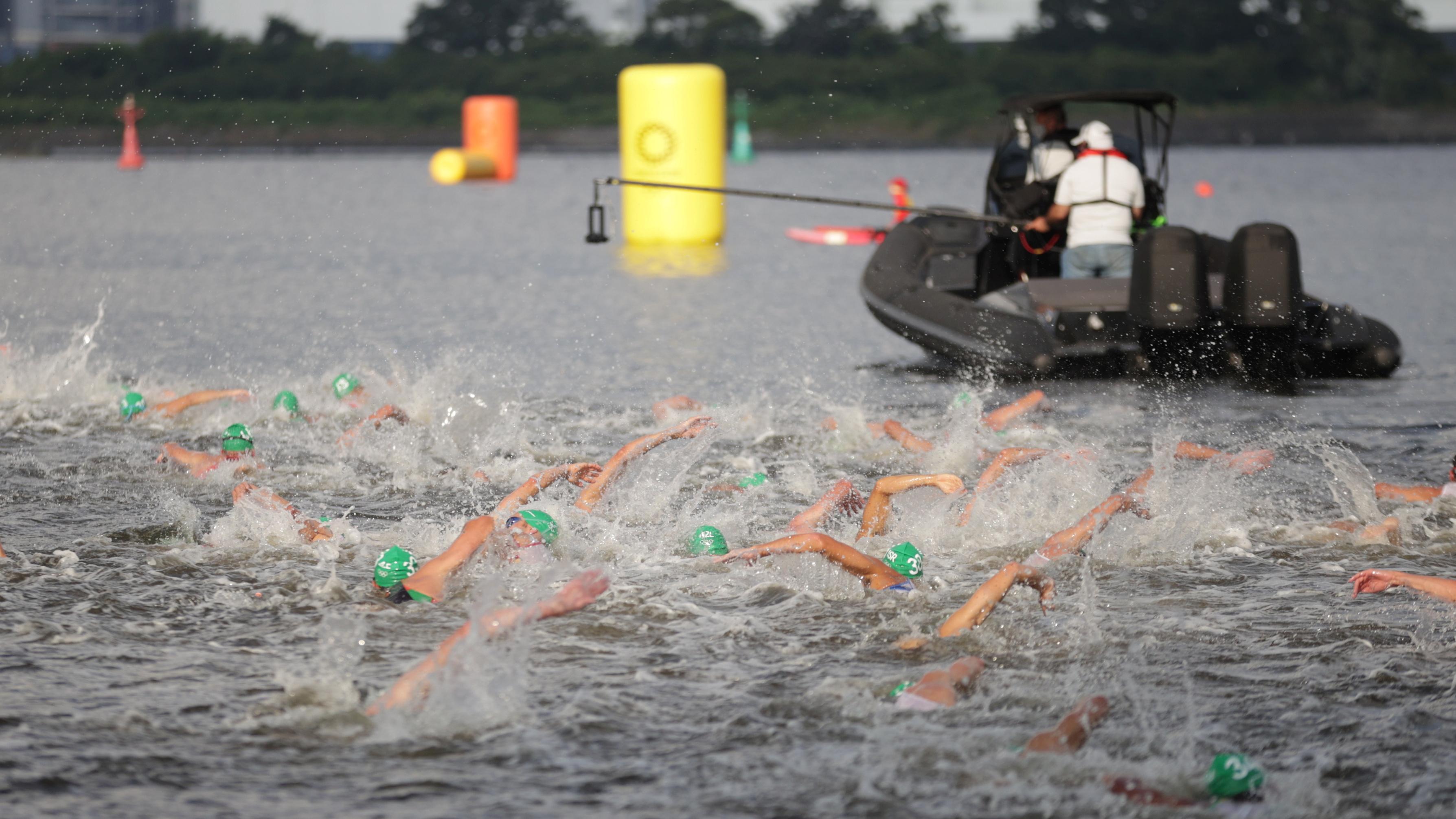 Tokyo 2020 Olympics - Triathlon - Men's Olympic Distance - Final - Odaiba Marine Park, Tokyo, Japan – July 26, 2021. Athletes in action. REUTERS/Hannah Mckay