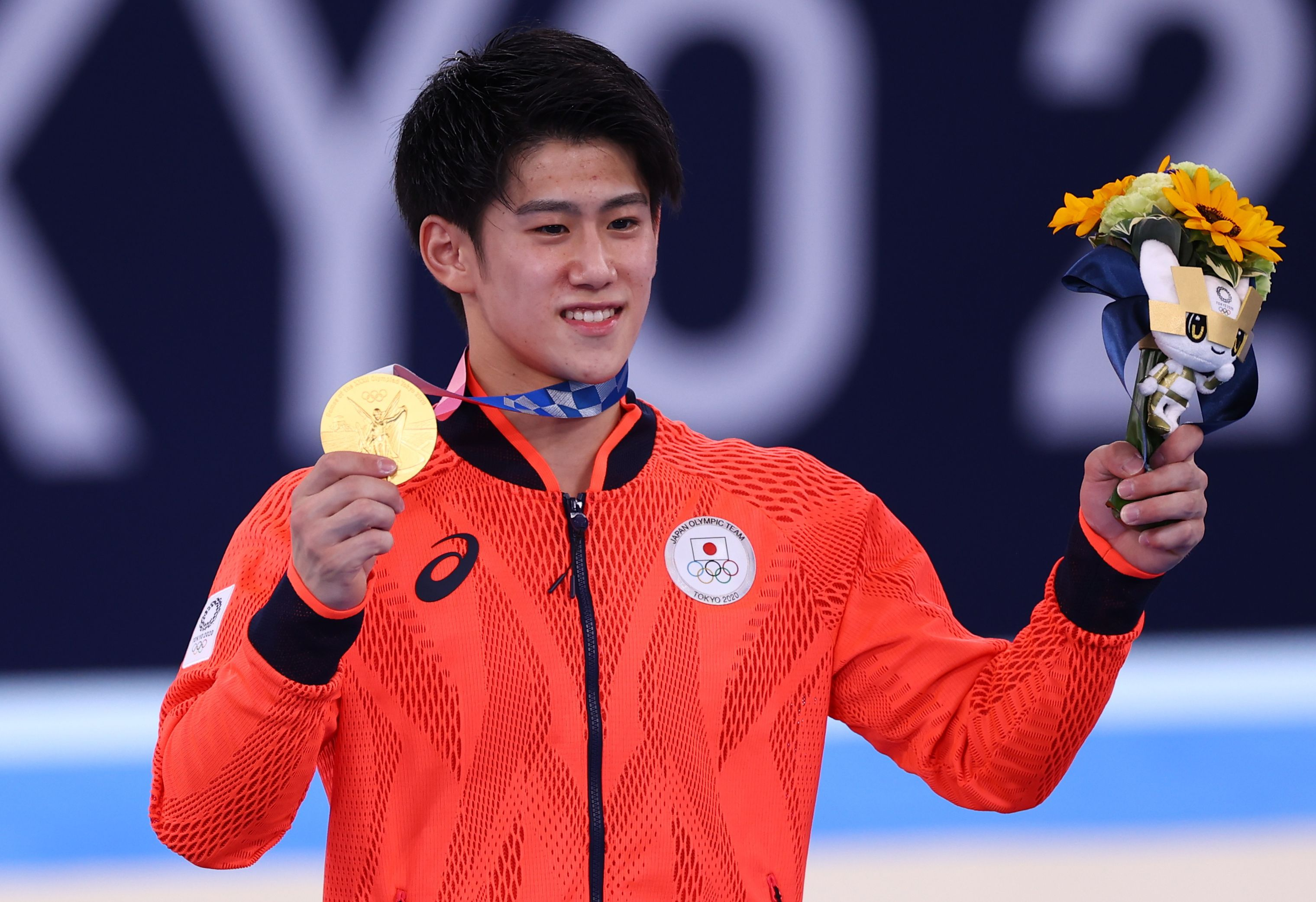 Tokyo 2020 Olympics - Gymnastics - Artistic - Men's Individual All-Around - Medal Ceremony - Ariake Gymnastics Centre, Tokyo, Japan - July 28, 2021.  Daiki Hashimoto of Japan poses with his gold medal. REUTERS/Mike Blake