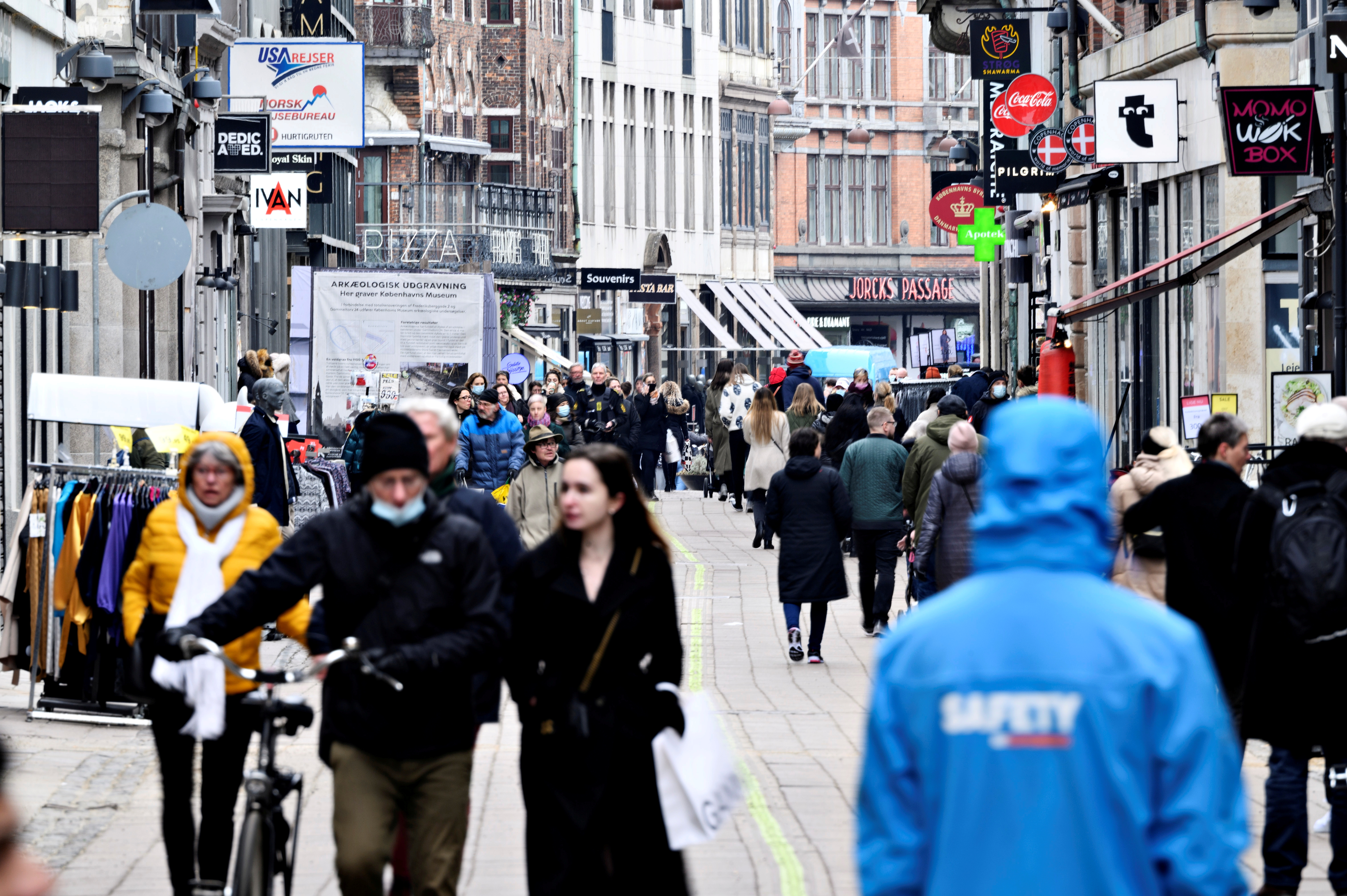 People walk on a street as stores reopen amid the coronavirus disease (COVID-19) pandemic in Copenhagen, Denmark March 1, 2021. Ritzau Scanpix/Philip Davali via REUTERS/File Photo