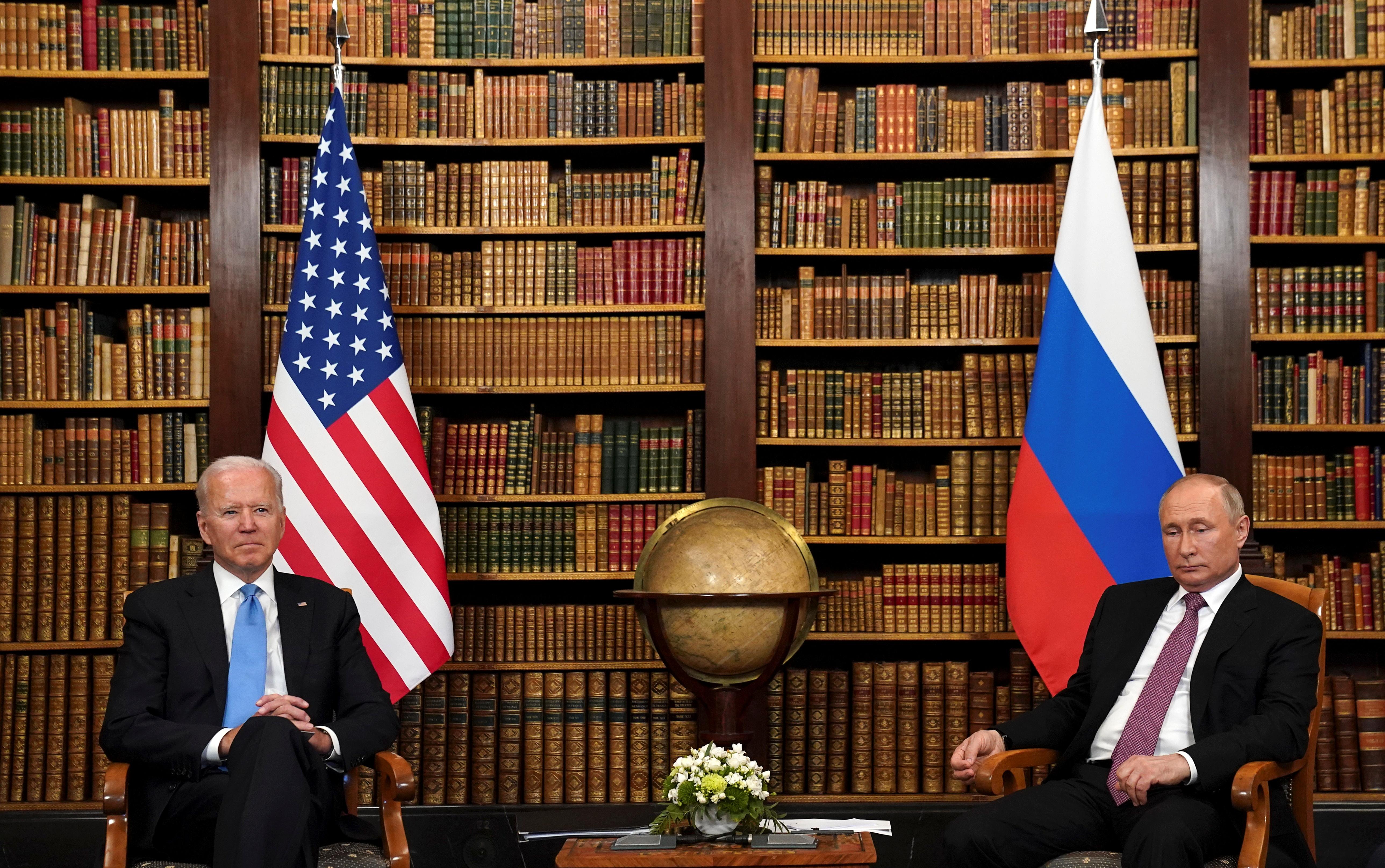 U.S. President Joe Biden and Russia's President Vladimir Putin meet for the U.S.-Russia summit at Villa La Grange in Geneva, Switzerland, June 16, 2021. REUTERS/Kevin Lamarque