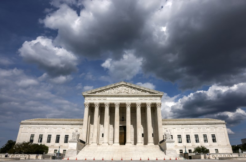 The United States Supreme Court in Washington, U.S., May 17, 2021. REUTERS/Evelyn Hockstein/File Photo