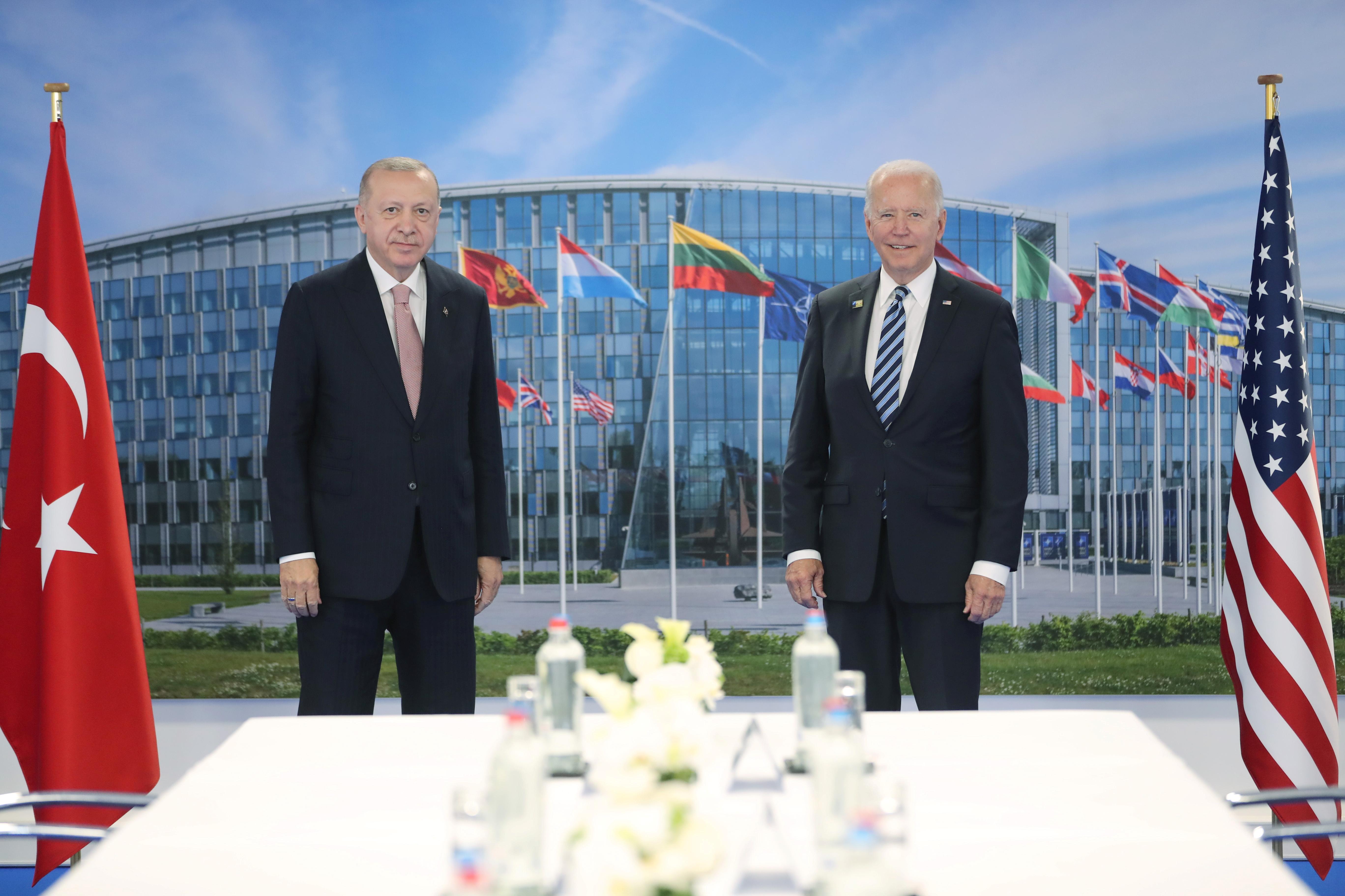 Turkish President Tayyip Erdogan meets with U.S. President Joe Biden on the sidelines of the NATO summit in Brussels, Belgium June 14, 2021. Murat Cetinmuhurdar/Presidential Press Office/Handout via REUTERS