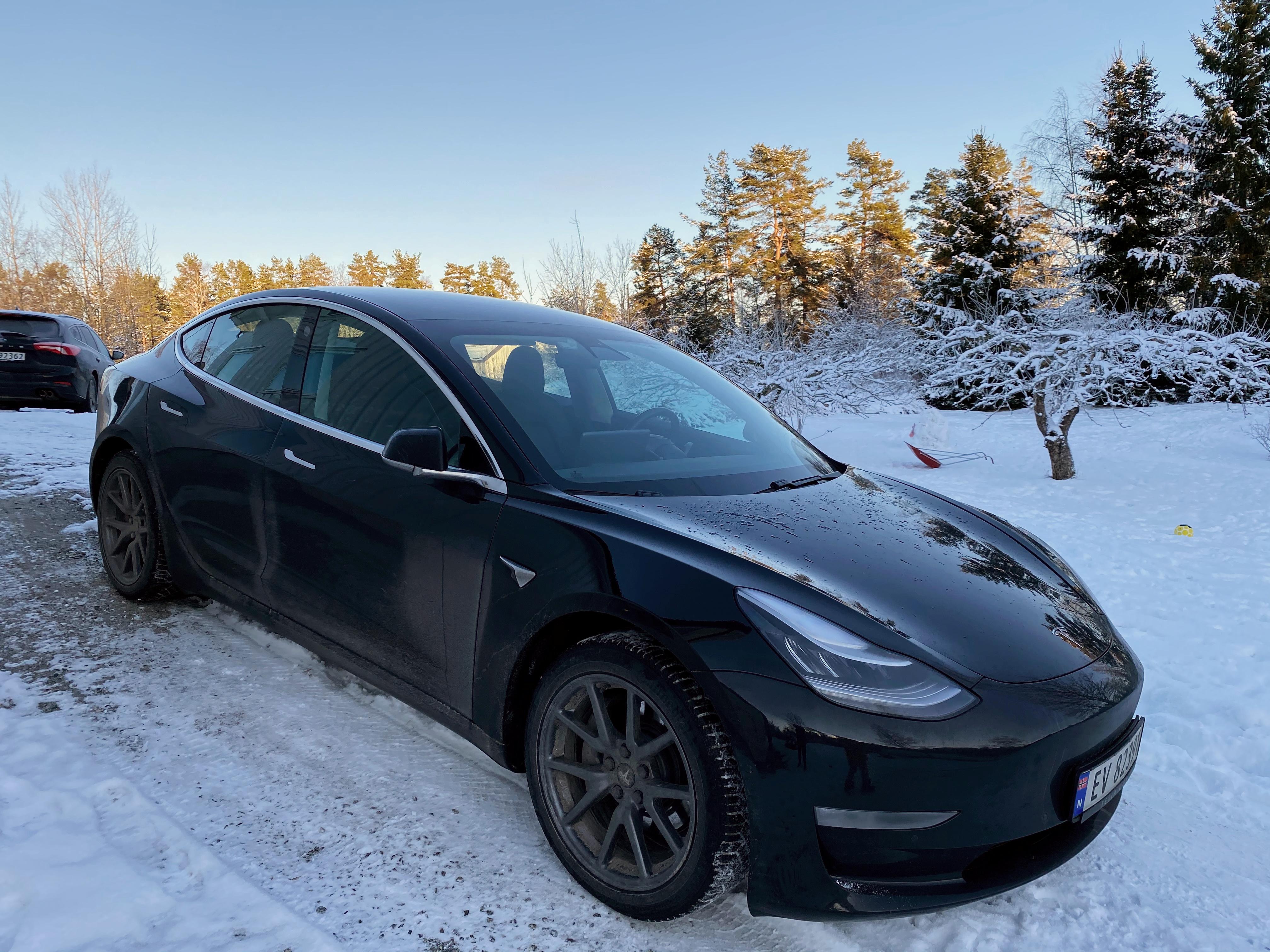 A Tesla car is parked on a driveway in Nesoddtangen, Nesodden municipality, Norway January 4, 2021. REUTERS/Victoria Klesty