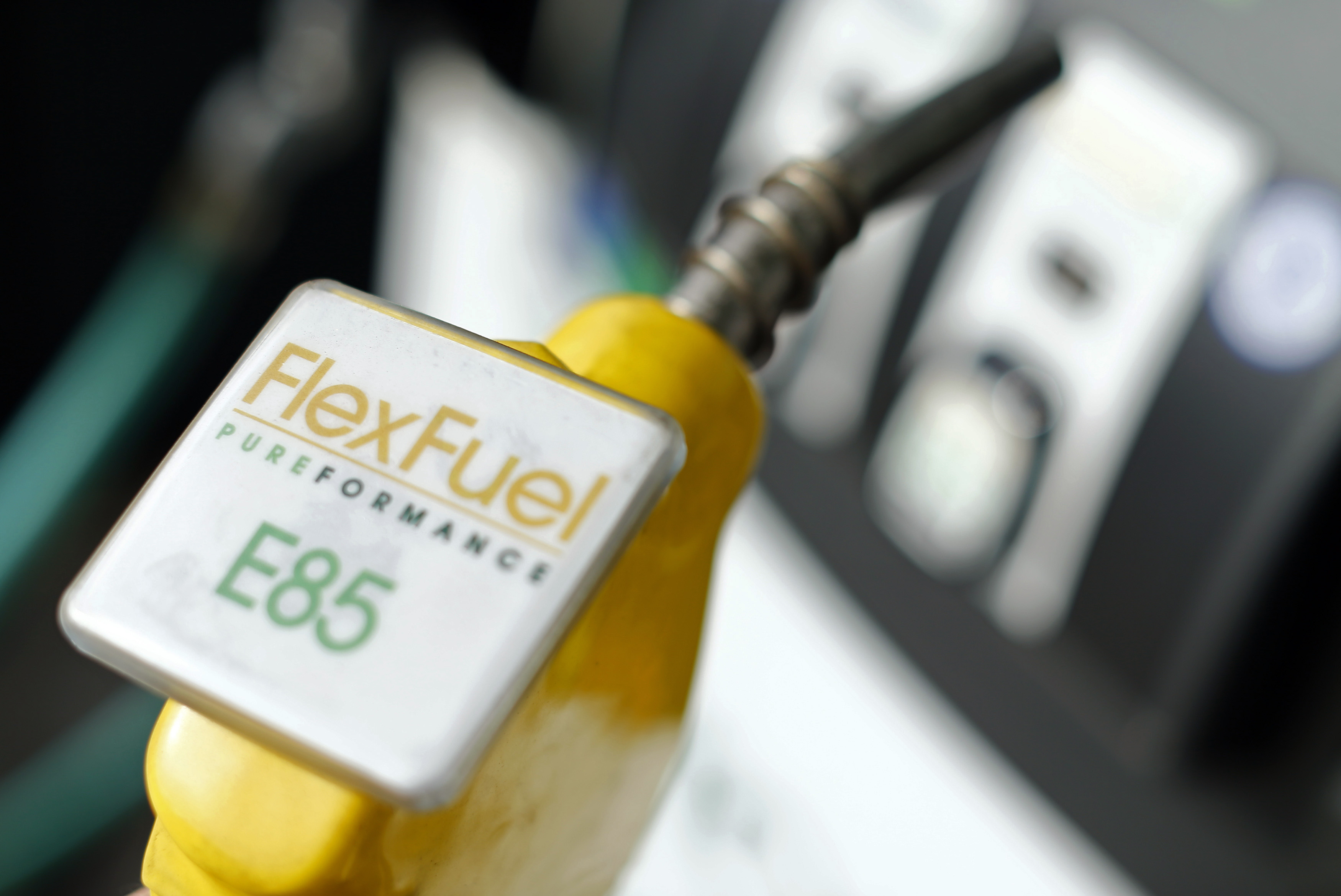 The fuel nozzle from a flex fuel pump is shown in this illustration photograph taken at a filling station in San Diego, California January 8, 2015.  REUTERS/Mike Blake  (UNITED STATES - Tags: ENERGY BUSINESS)