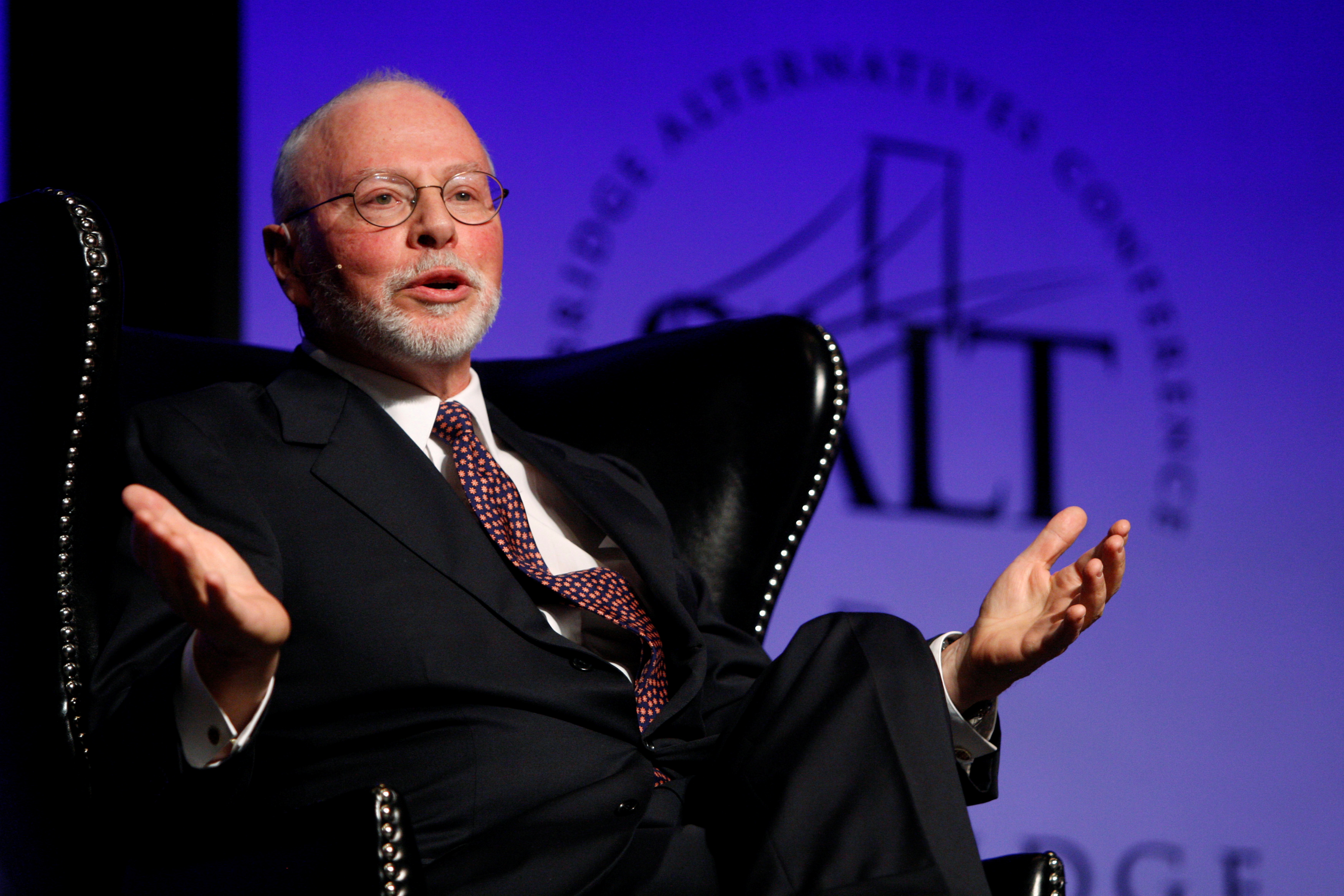Paul Singer, founder, CEO, and co-chief investment officer for Elliott Management Corporation, speaks during the Skybridge Alternatives (SALT) Conference in Las Vegas, Nevada May, 9, 2012.  REUTERS/Steve Marcus