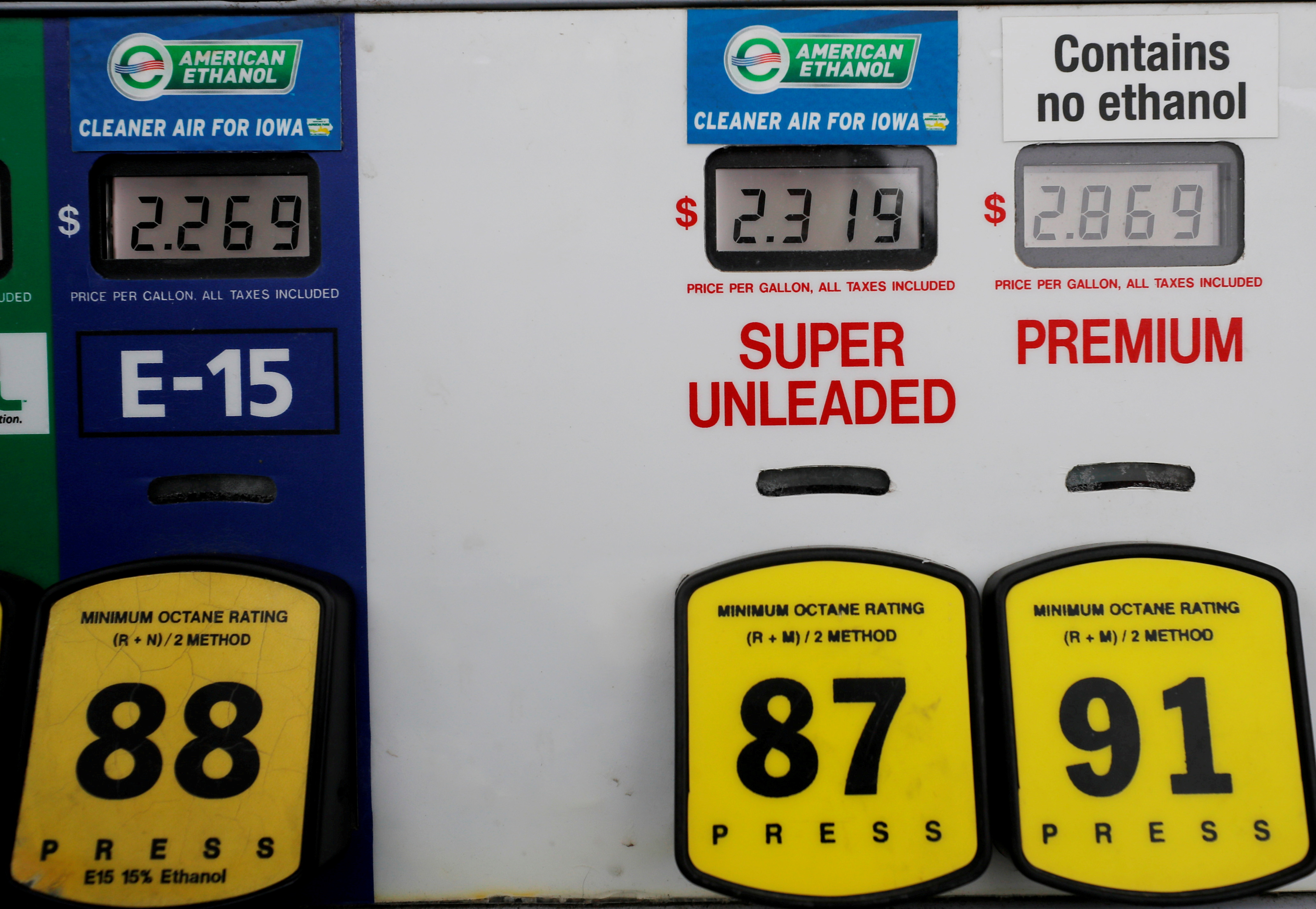 Choices at the gas pump including ethanol or no ethanol gas are seen in Des Moines, Iowa, U.S., January 29, 2020.   REUTERS/Brian Snyder