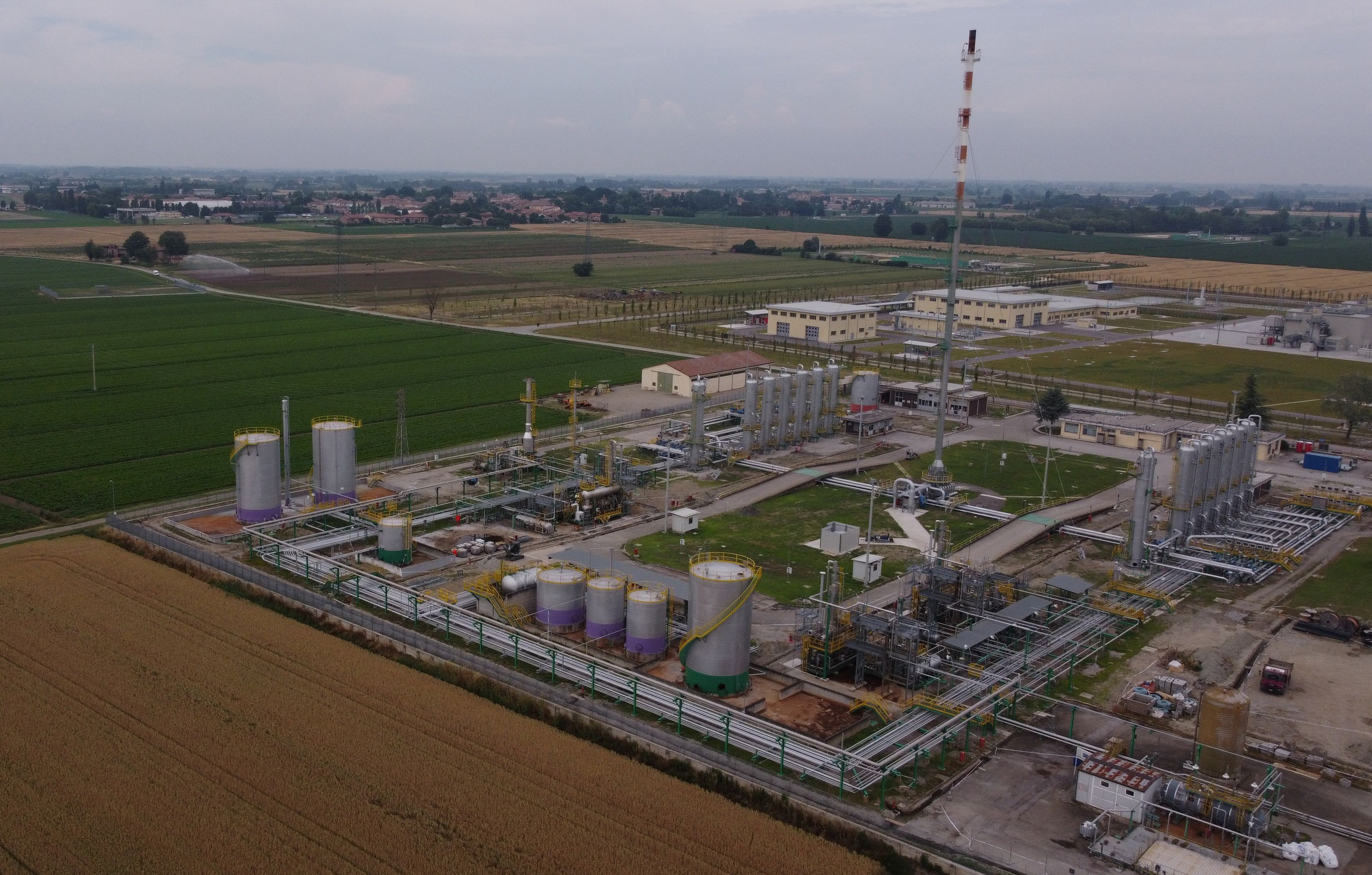An aerial view of the SNAM underground gas storage facility in Minerbio, Italy, June 11, 2021. Picture taken with a drone on June 11, 2021.   REUTERS/Alex Fraser