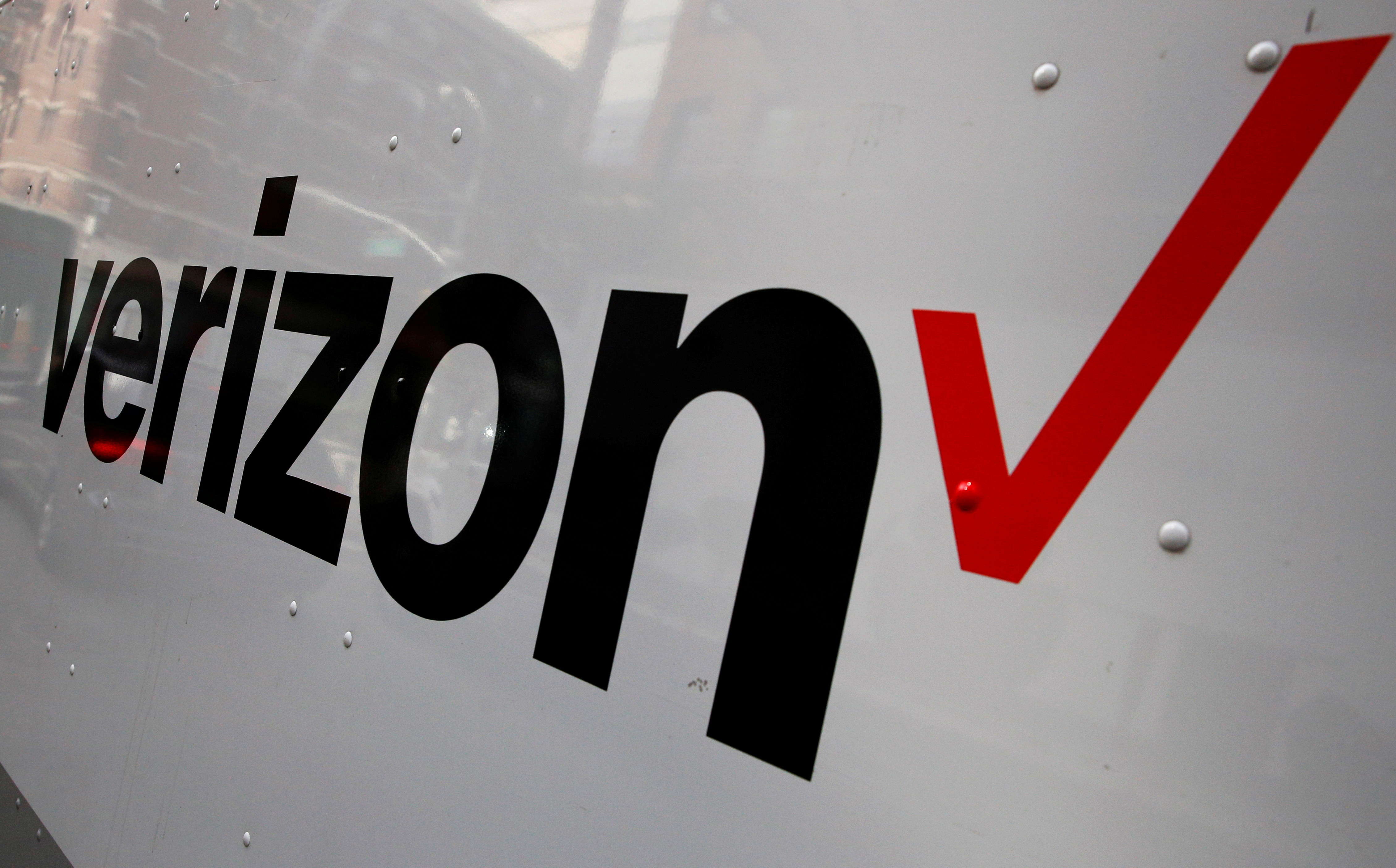 The Verizon logo is seen on the side of a truck in New York City, U.S., October 13, 2016.  REUTERS/Brendan McDermid/File Photo