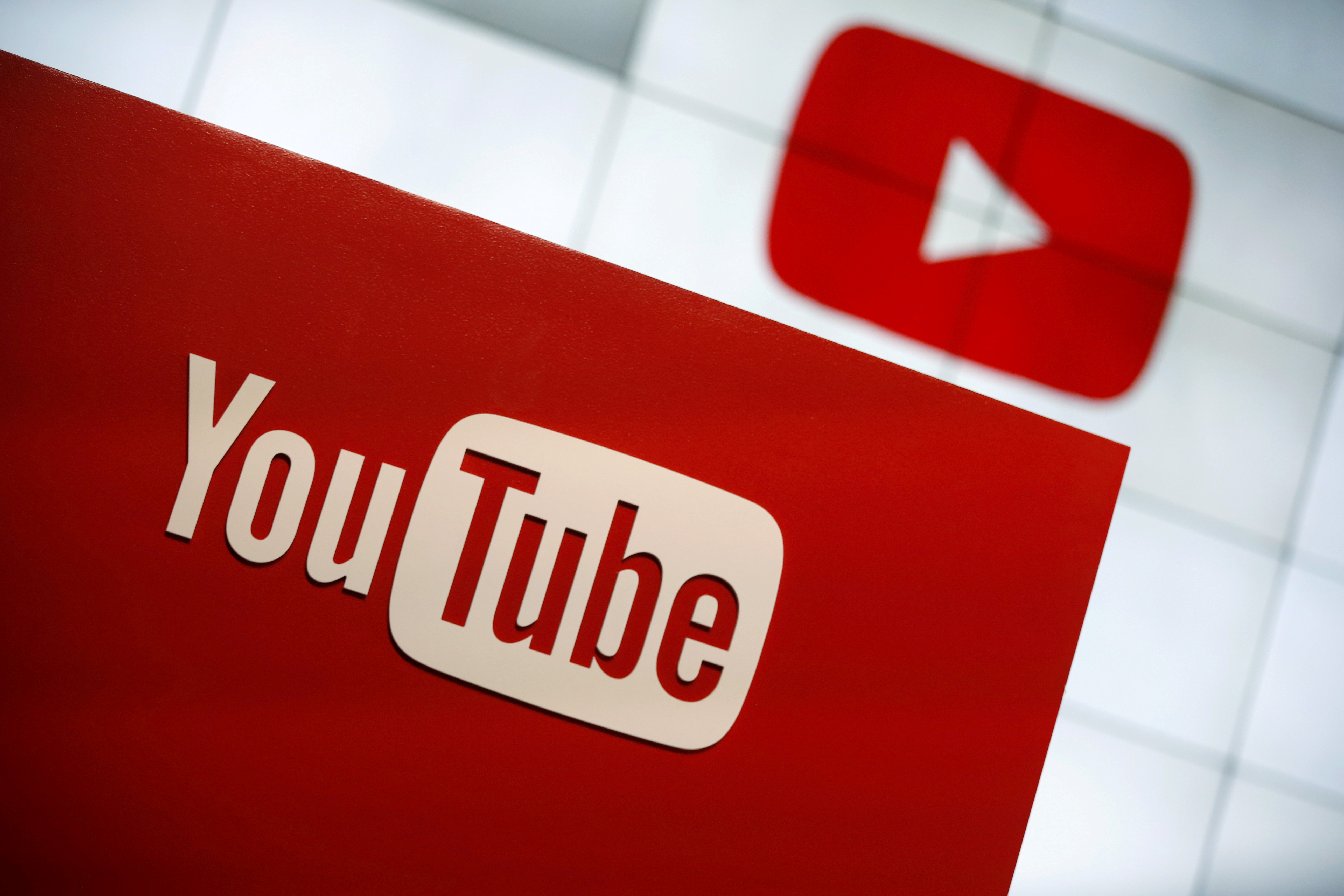 YouTube logo at the YouTube Space LA in Playa Del Rey, Los Angeles, California, United States October 21, 2015. REUTERS/Lucy Nicholson