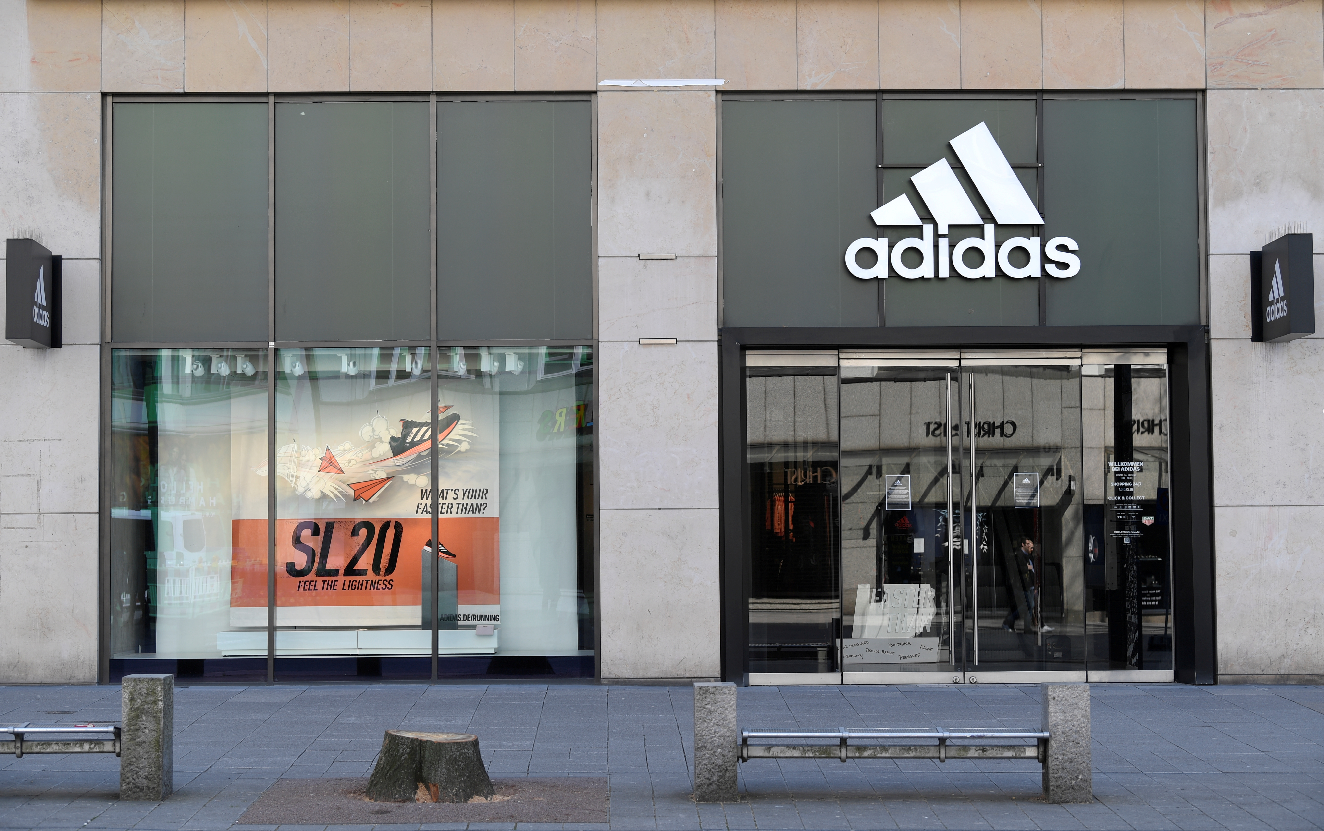 A closed Adidas store is pictured during the spread of the coronavirus disease (COVID-19) in Hamburg, Germany March 28, 2020. REUTERS/Fabian Bimmer/File Photo