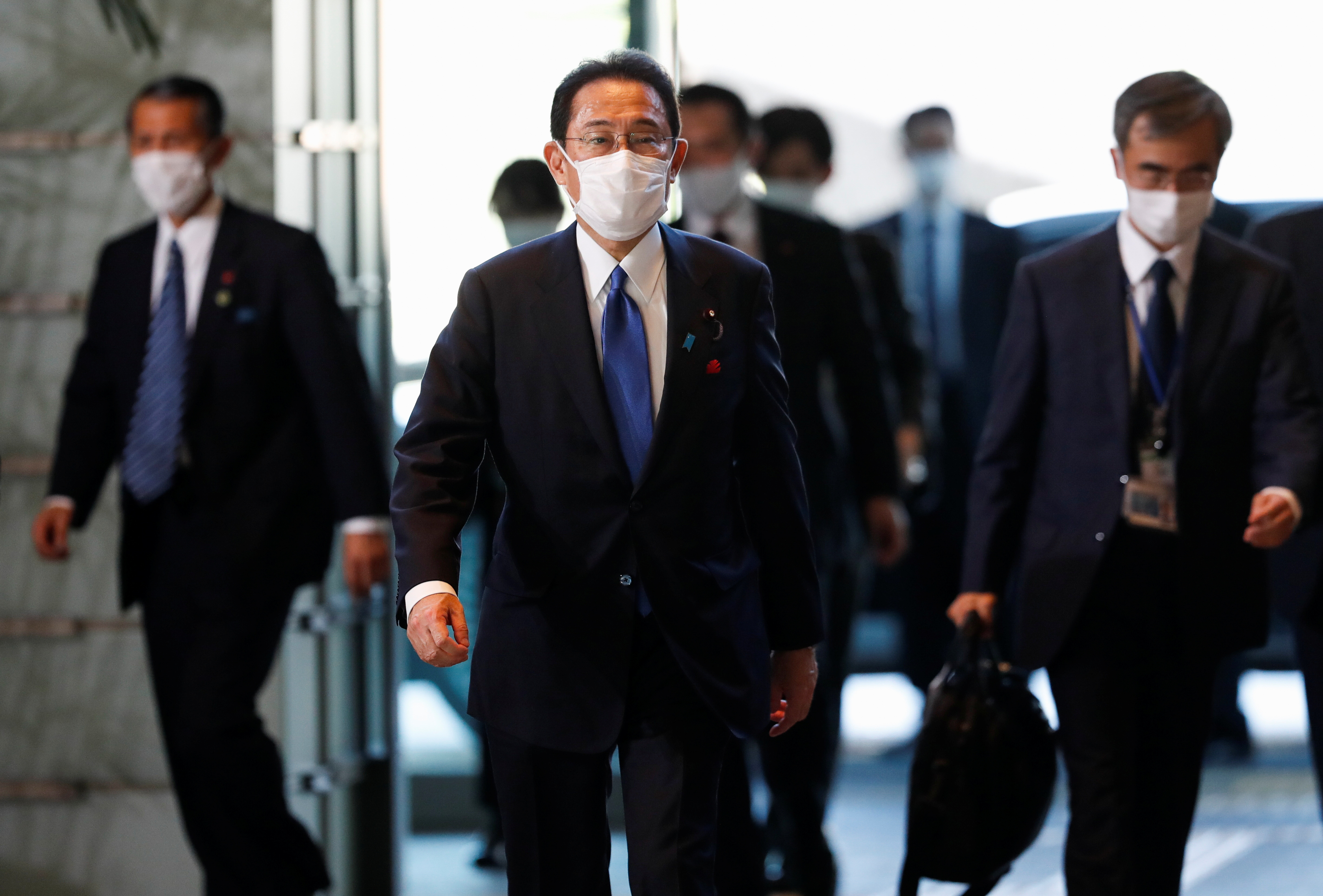 Japan's newly-elected Prime Minister Fumio Kishida arrives at his official residence in Tokyo, Japan October 4, 2021.  REUTERS/Issei Kato