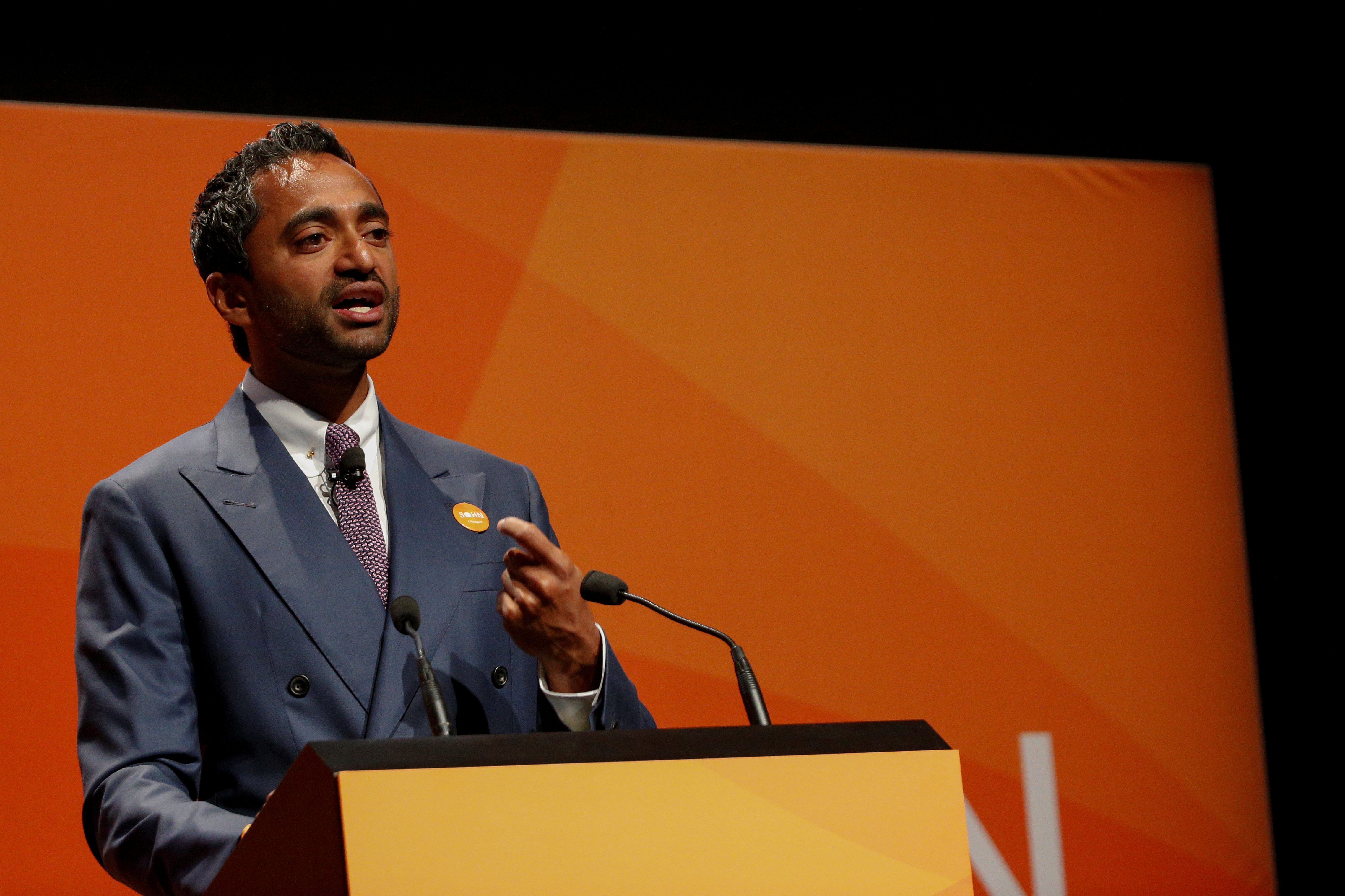 Chamath Palihapitiya, Founder and CEO of Social Capital, presents during the 2018 Sohn Investment Conference in New York City, U.S., April 23, 2018. REUTERS/Brendan McDermid